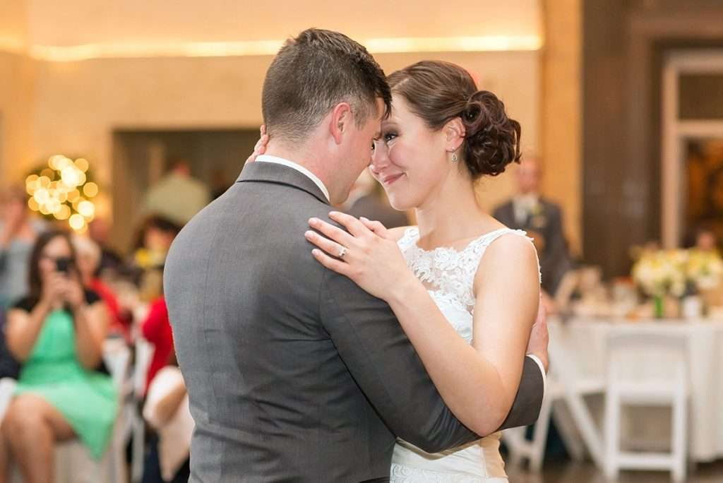 Perfect Spring Wedding at The Vault in Columbus, Ohio 58