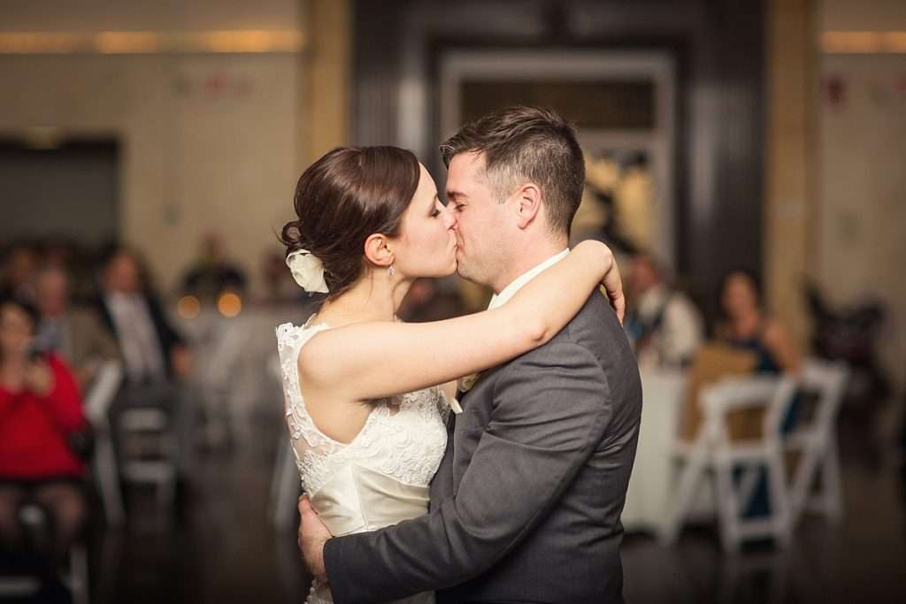 Perfect Spring Wedding at The Vault in Columbus, Ohio 70