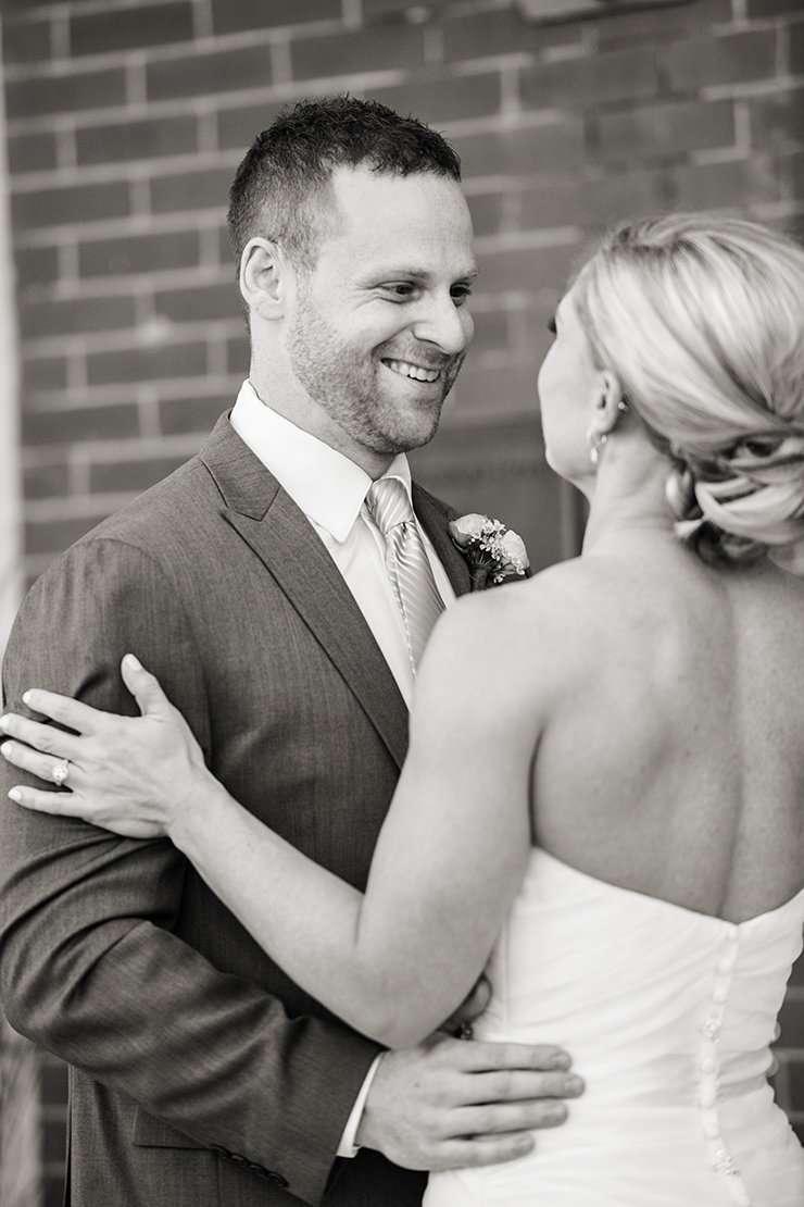 viavecchia_columbus_wedding_0003