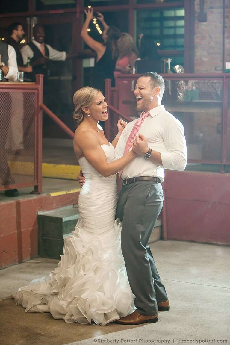 viavecchia_columbus_wedding_0036