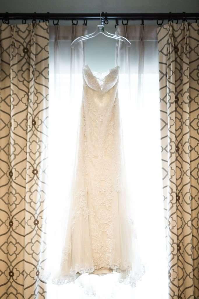 Intimate Brunch Wedding at the Granville Inn | Granville, Ohio Weddings 2