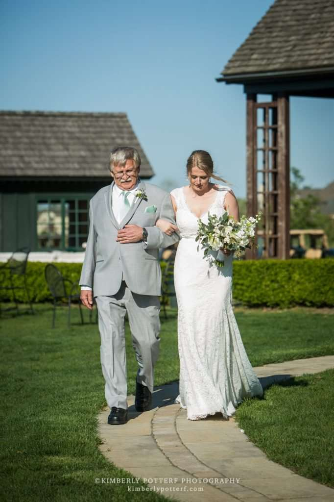 Spring Wedding at the Golf Club of Dublin | Dublin, Ohio Weddings 10