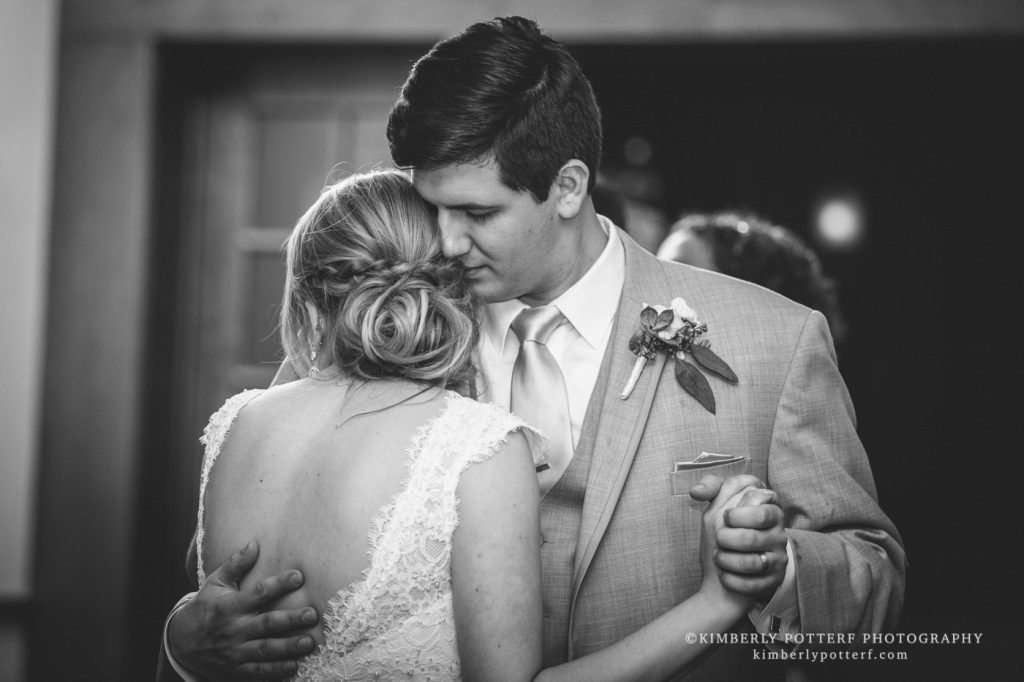 Spring Wedding at the Golf Club of Dublin | Dublin, Ohio Weddings 28