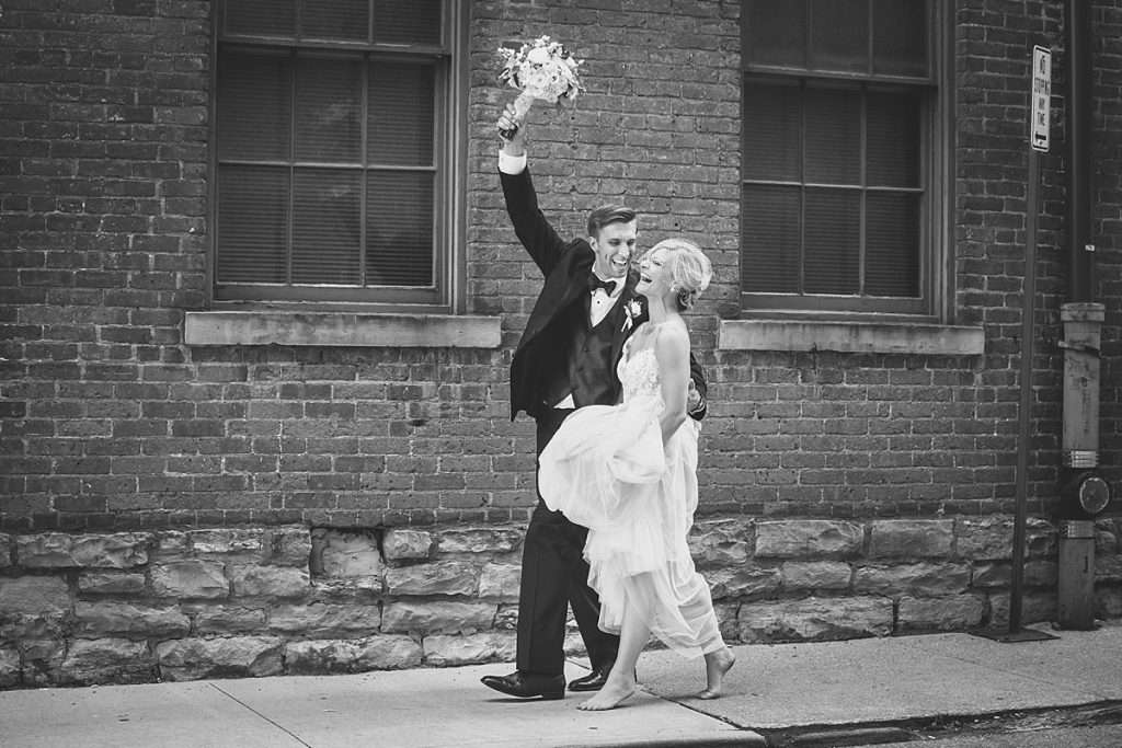 A Summer Wedding at the Highline Car House | Columbus, Ohio 2