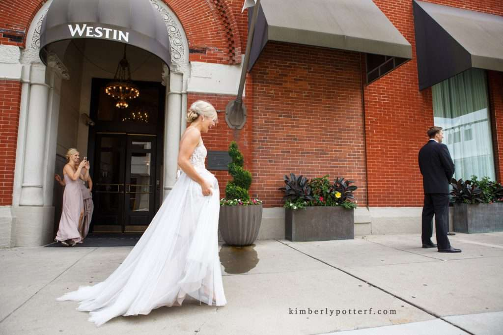 A Summer Wedding at the Highline Car House | Columbus, Ohio 40