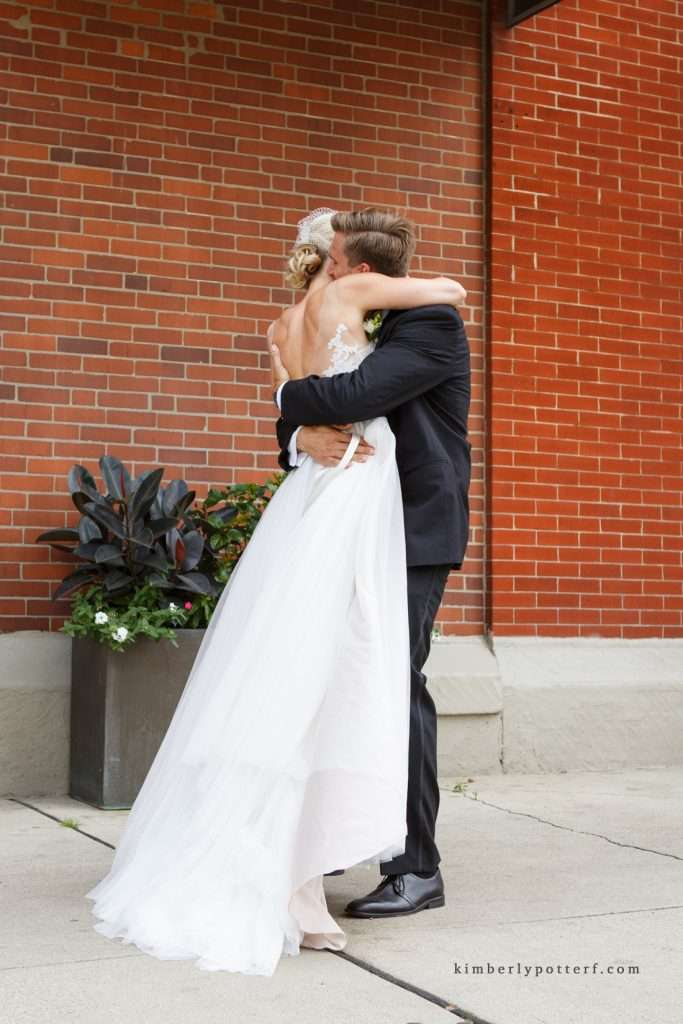 A Summer Wedding at the Highline Car House | Columbus, Ohio 54