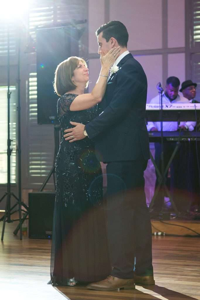 Summer Wedding at Noah's Event Venue | New Albany, Ohio 76