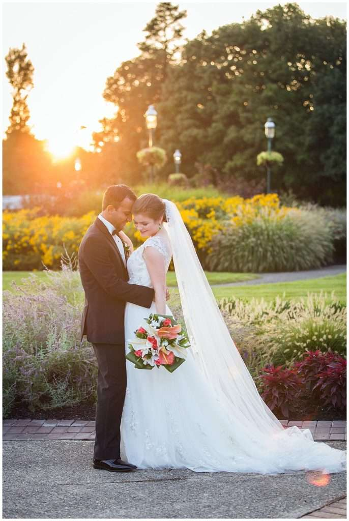 A Tropical-Inspired Wedding at the Franklin Park Conservatory 76