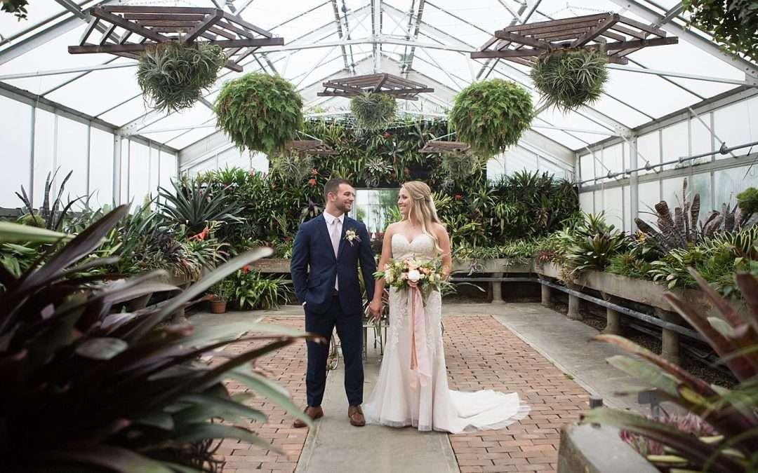 Jake & Abbie | A Dreamy Garden-Inspired Wedding at Kingwood Center