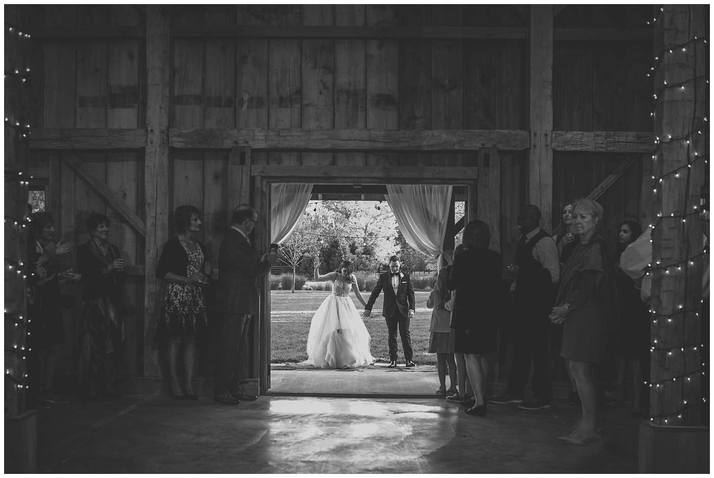 Fall Wedding Photos | Historic Barn in Dublin, Ohio 140