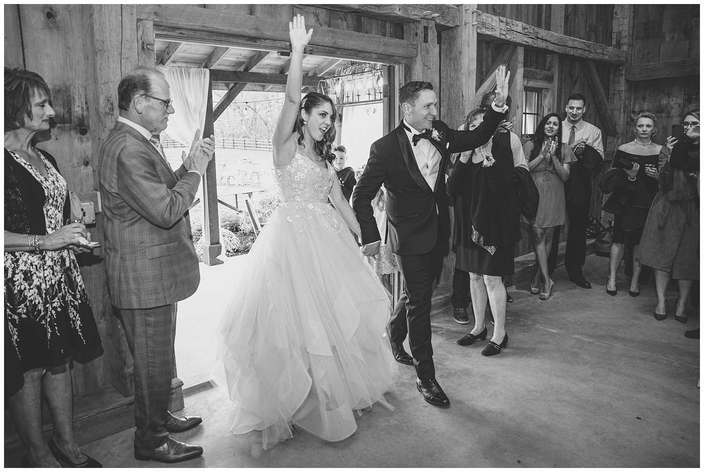Fall Wedding Photos | Historic Barn in Dublin, Ohio 142