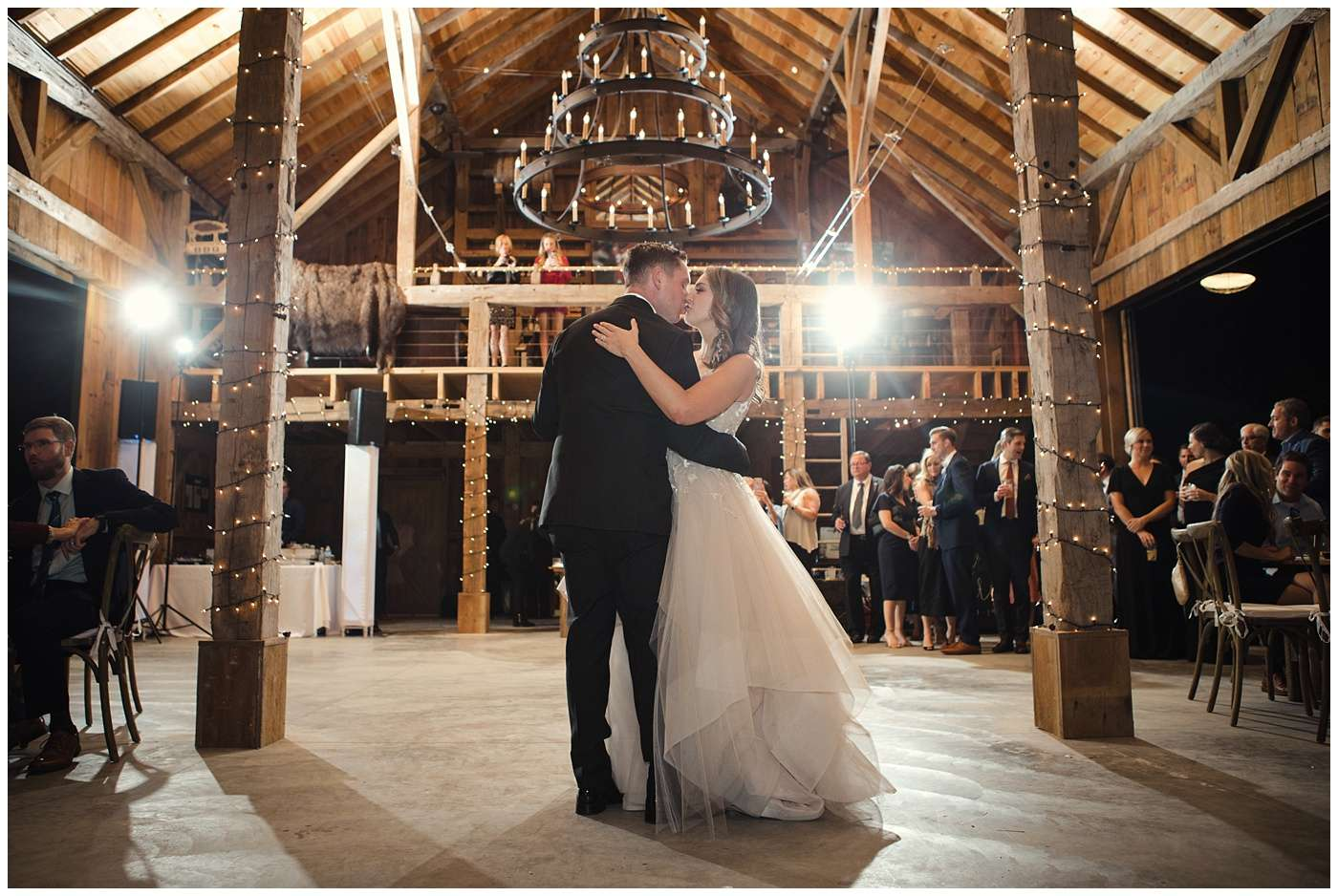 Fall Wedding Photos | Historic Barn in Dublin, Ohio 158