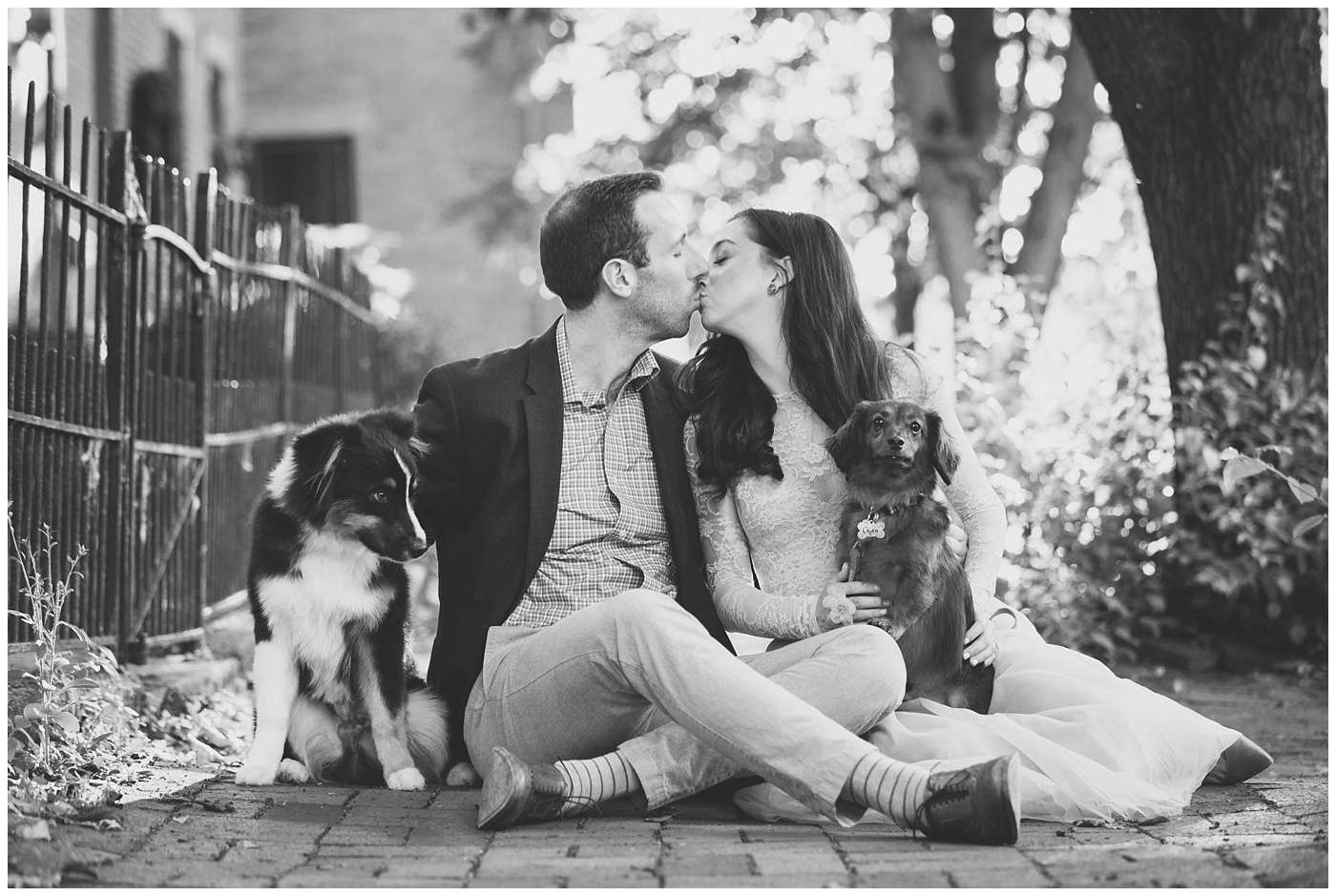 German Village Engagement Photos | Columbus Ohio Photography 8