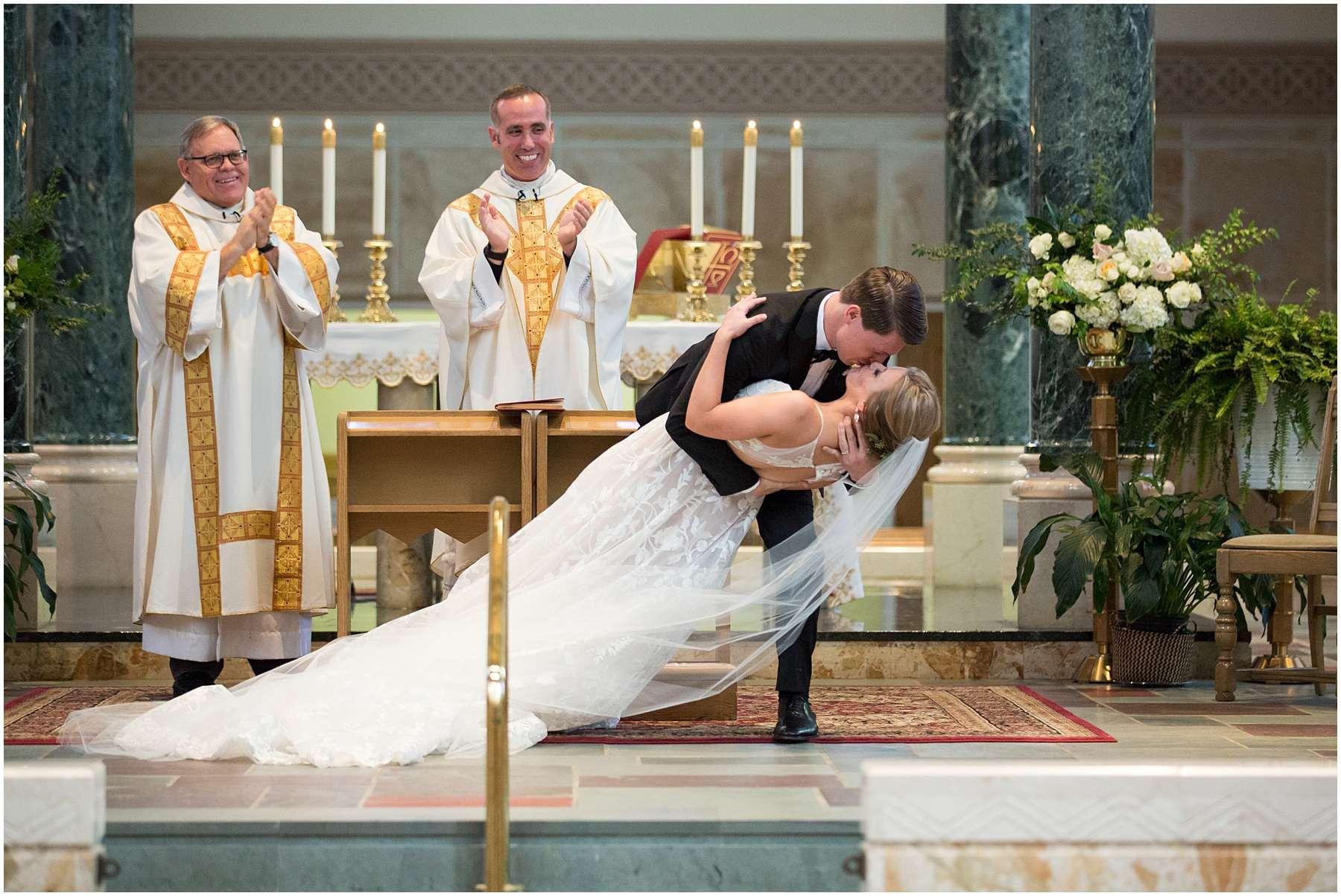 Wedding at the Ohio Statehouse | Columbus Ohio Weddings 112
