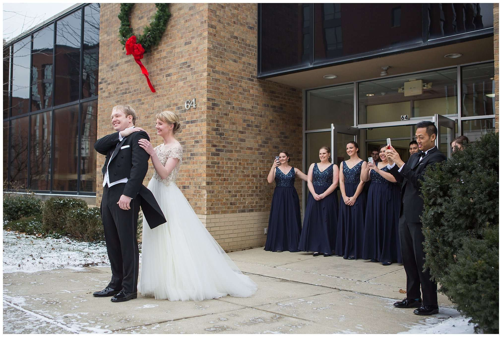 Perfect Winter Wedding at the Columbus Museum of Art 20