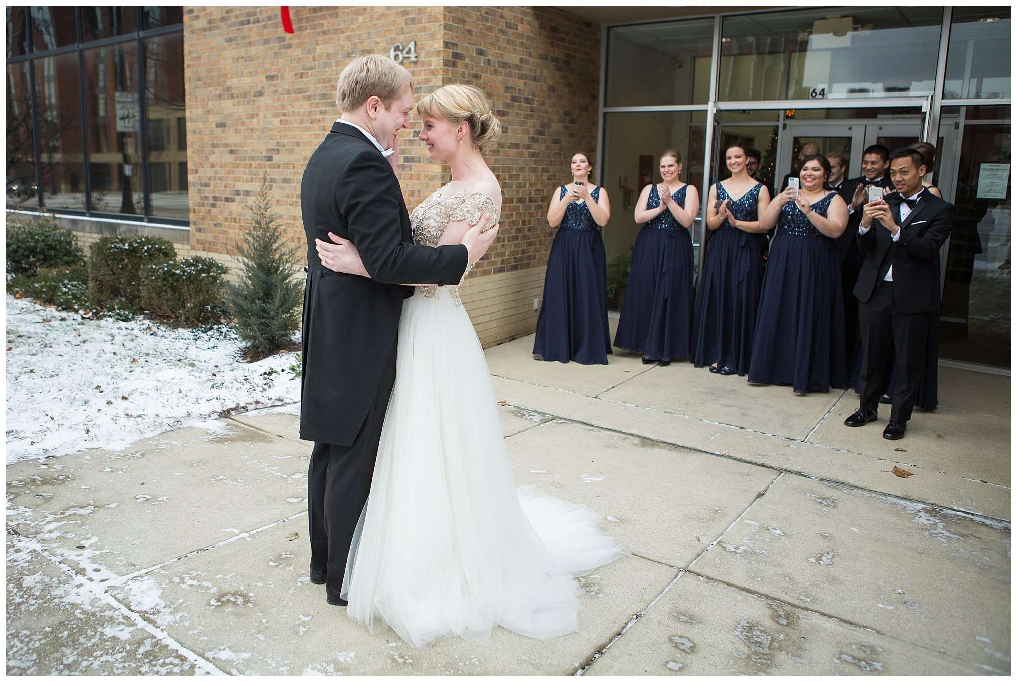 Perfect Winter Wedding at the Columbus Museum of Art 26