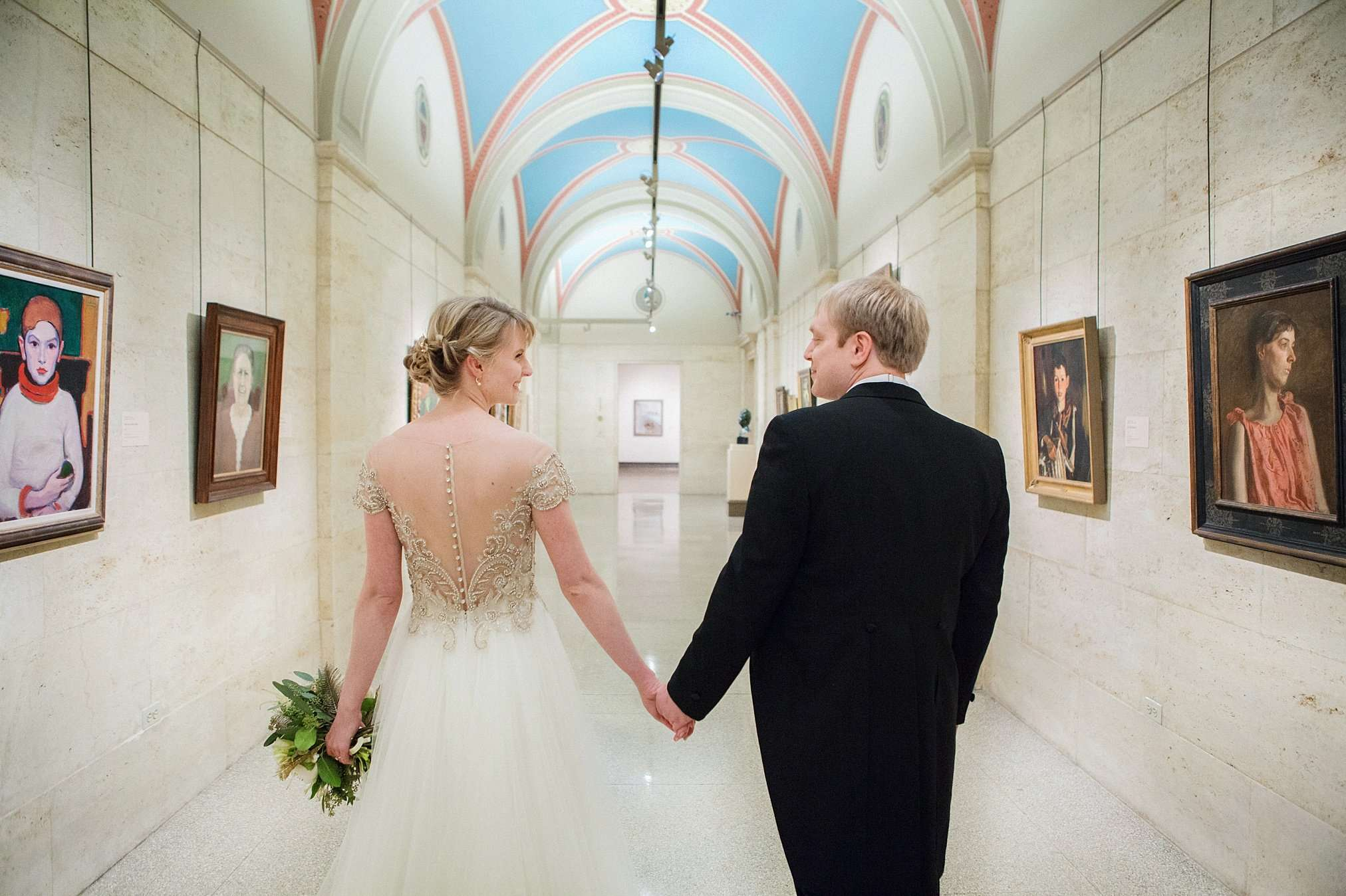 Perfect Winter Wedding at the Columbus Museum of Art 46