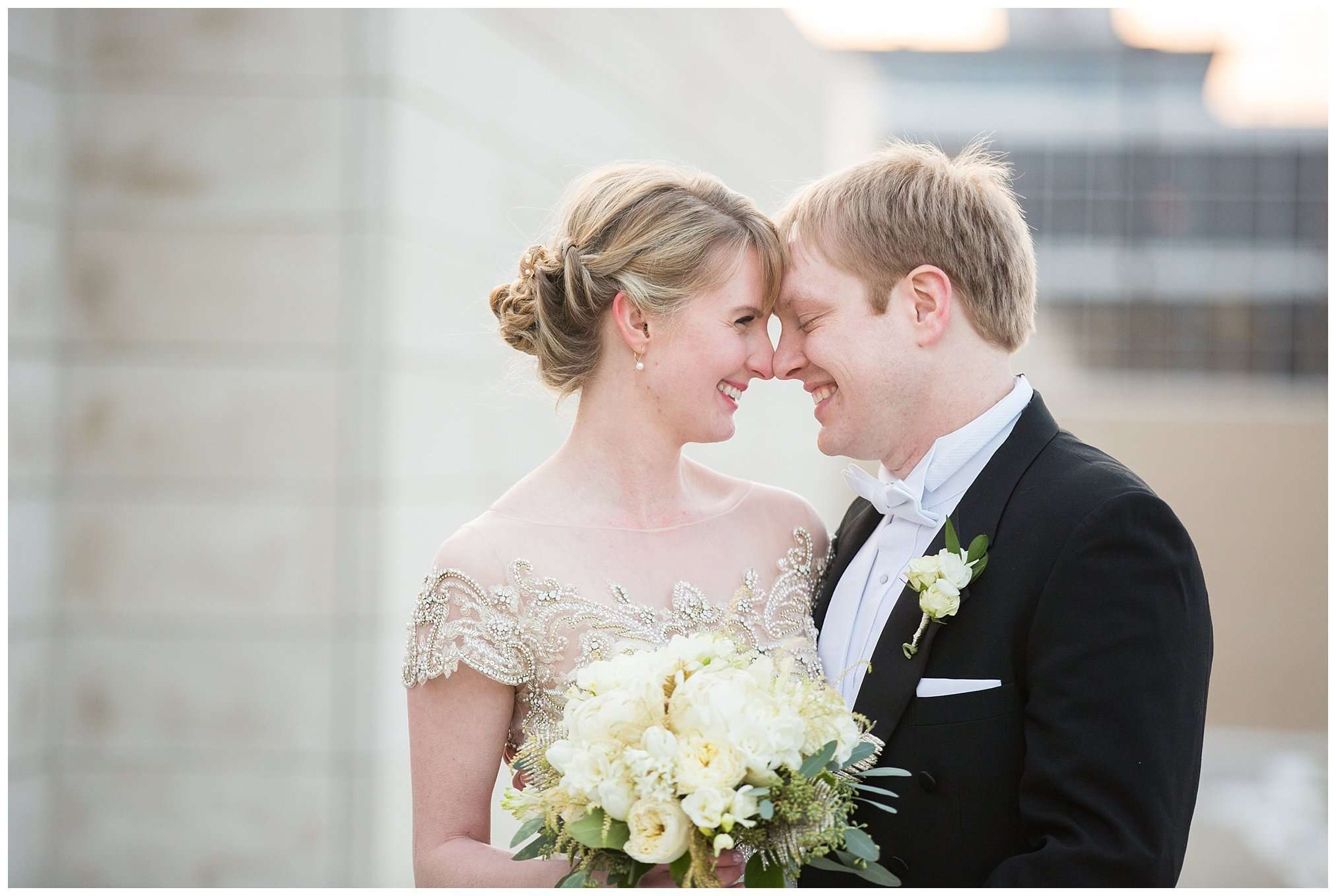 Perfect Winter Wedding at the Columbus Museum of Art 64