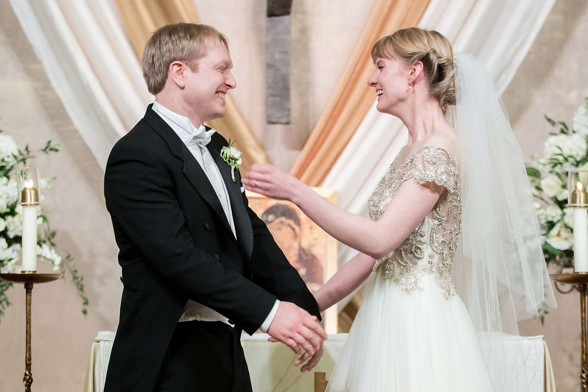 Perfect Winter Wedding at the Columbus Museum of Art 92