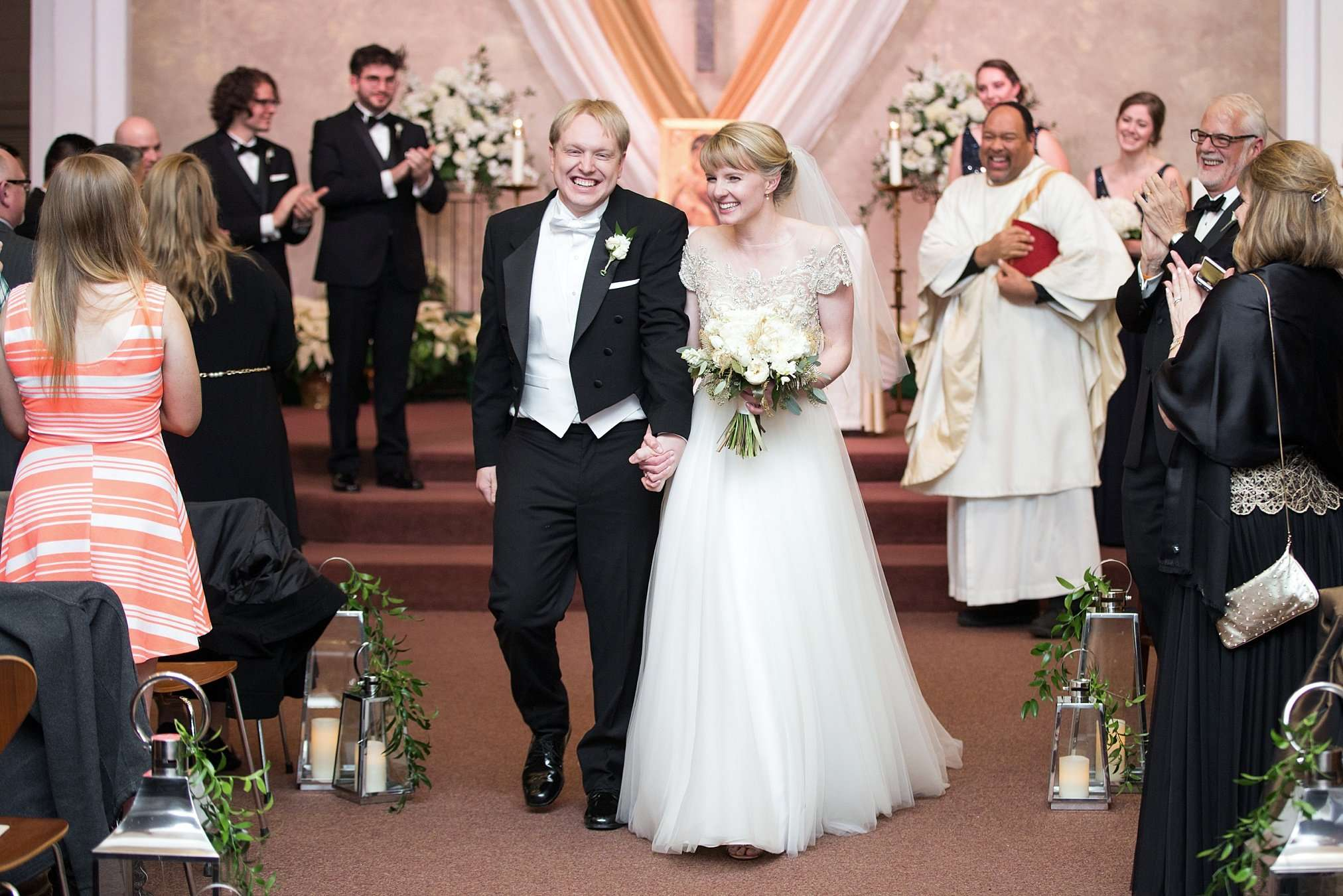 Perfect Winter Wedding at the Columbus Museum of Art 98