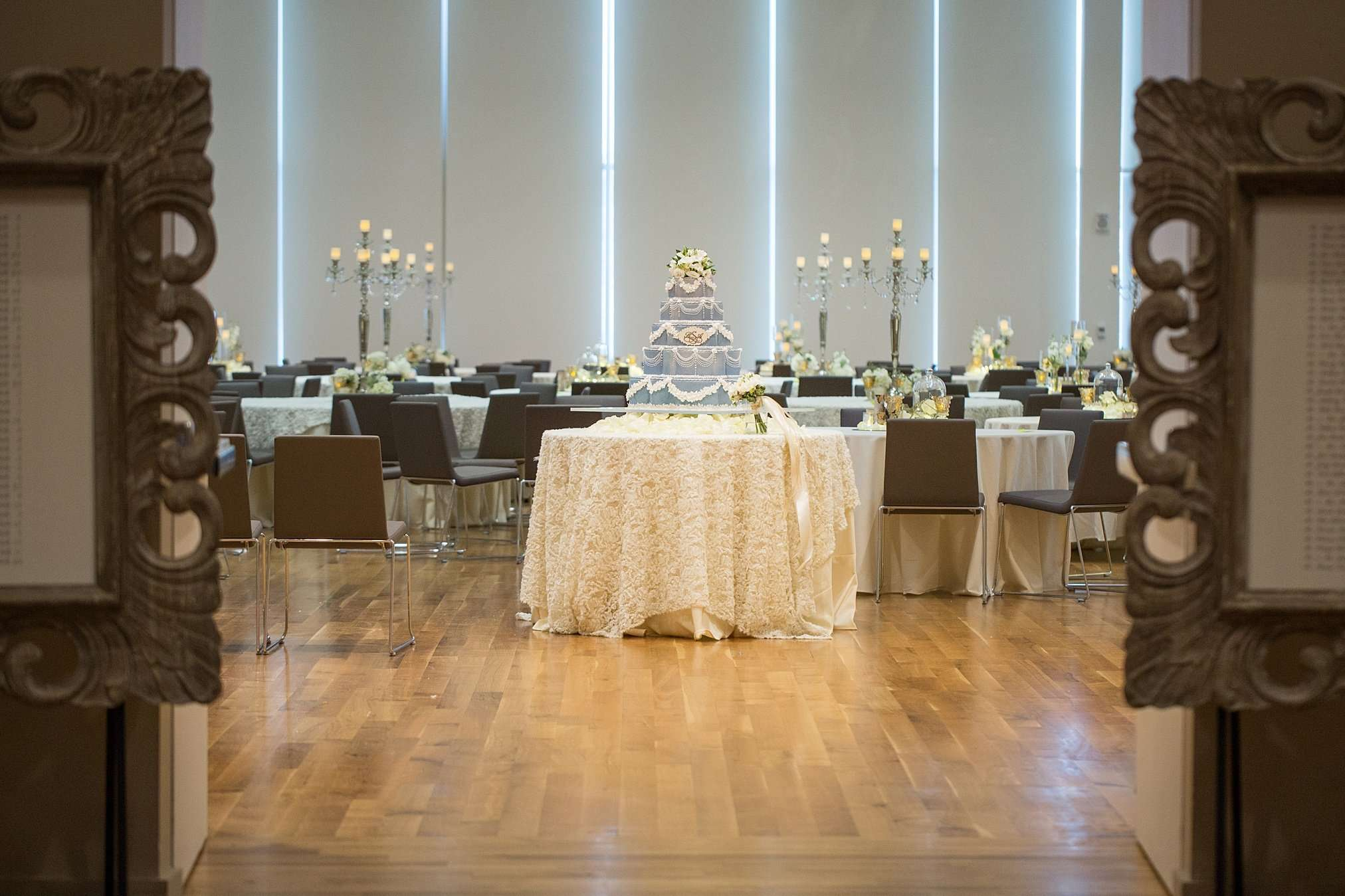 Perfect Winter Wedding at the Columbus Museum of Art 104