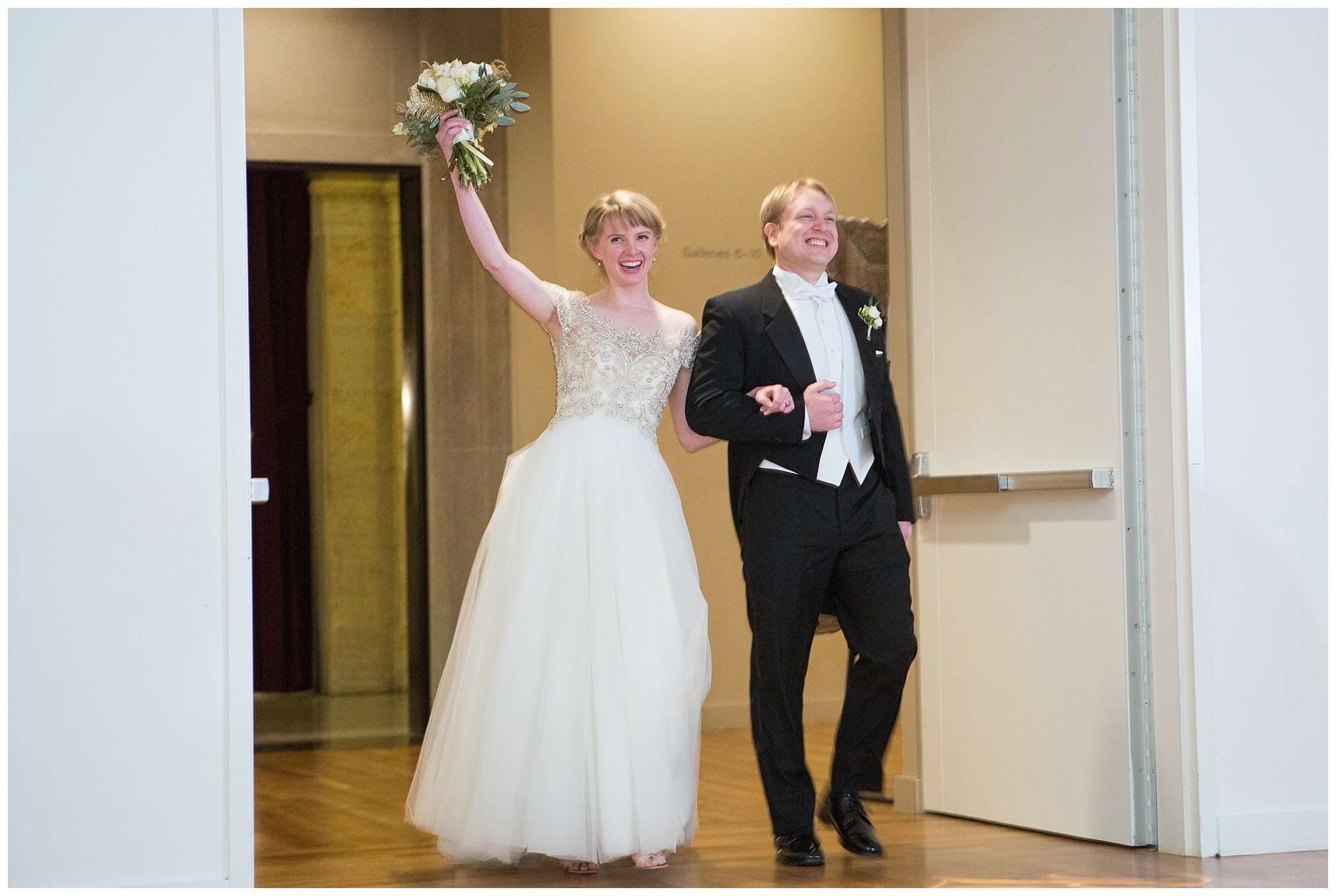 Perfect Winter Wedding at the Columbus Museum of Art 116