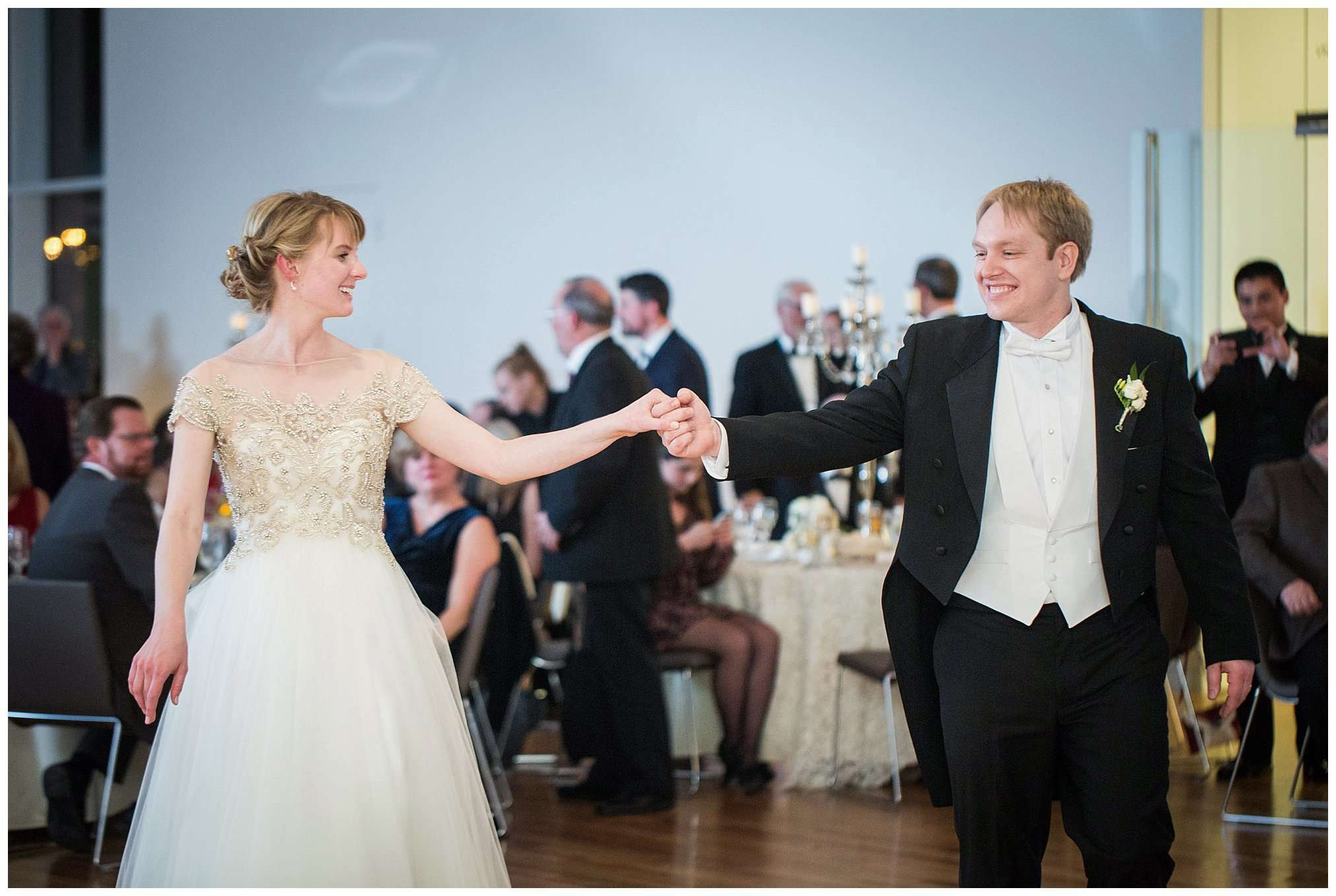 Perfect Winter Wedding at the Columbus Museum of Art 136
