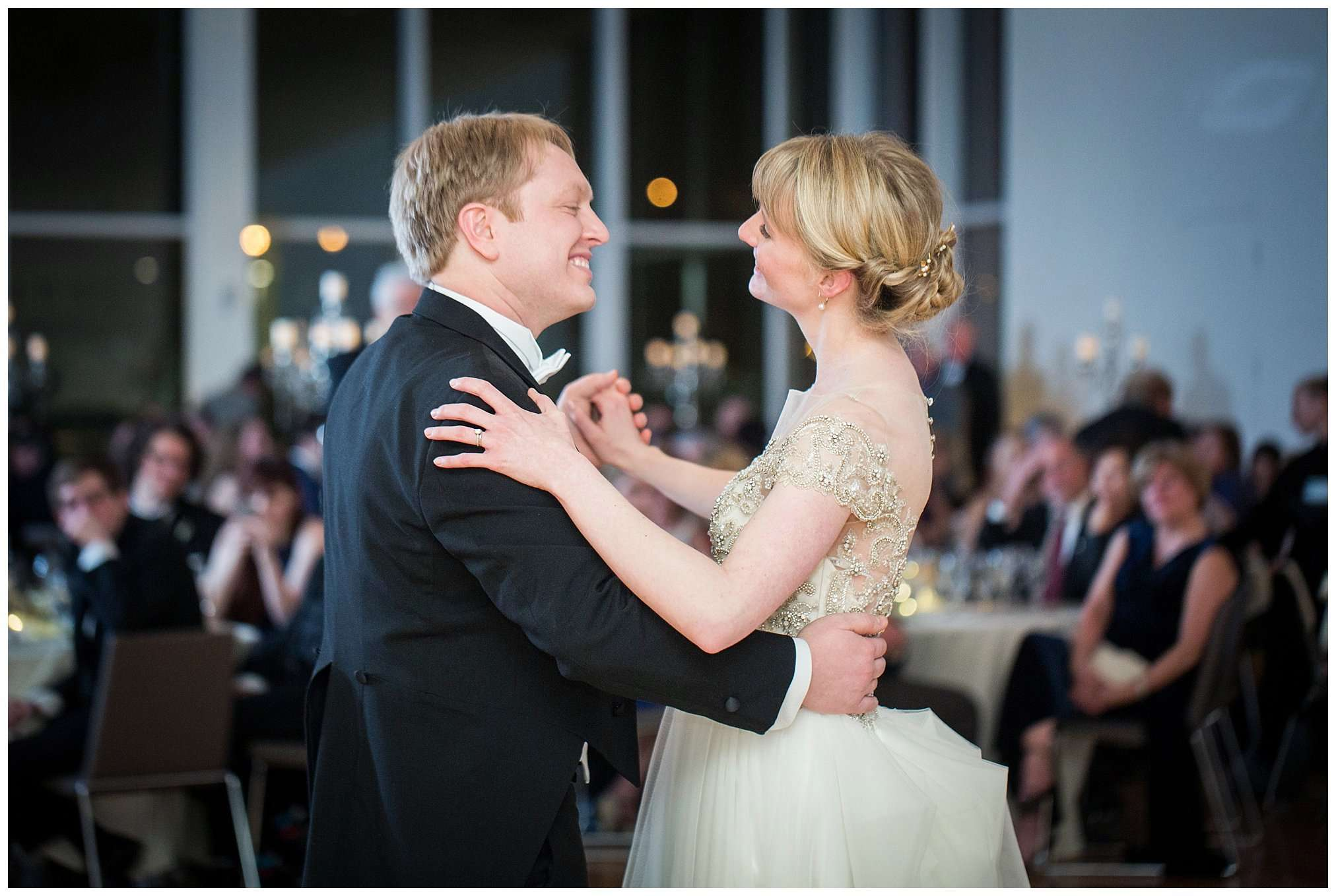 Perfect Winter Wedding at the Columbus Museum of Art 138