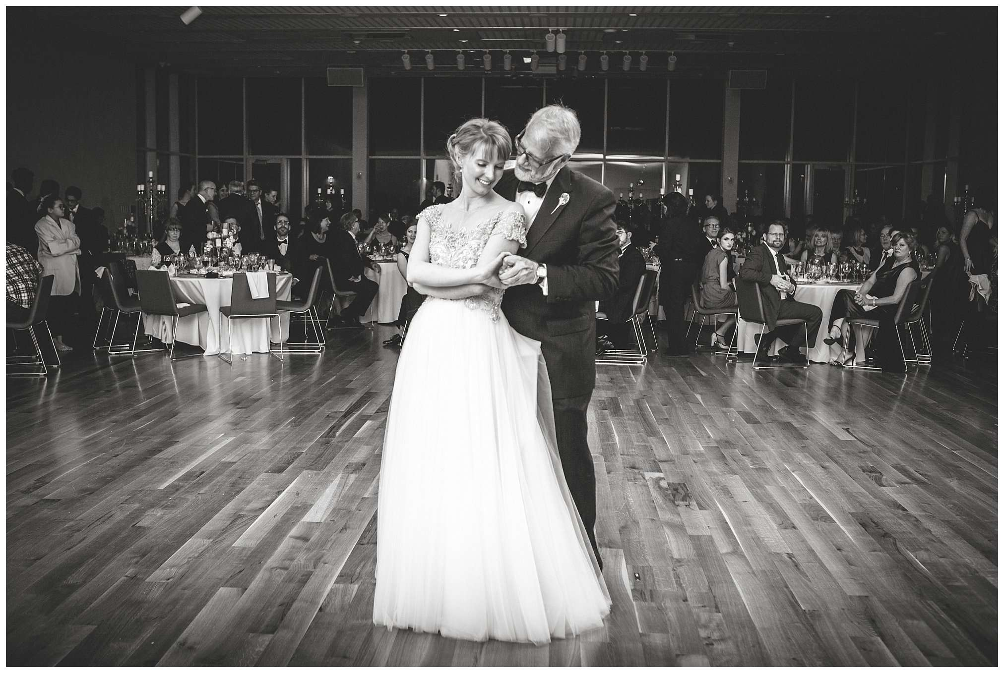 Perfect Winter Wedding at the Columbus Museum of Art 142