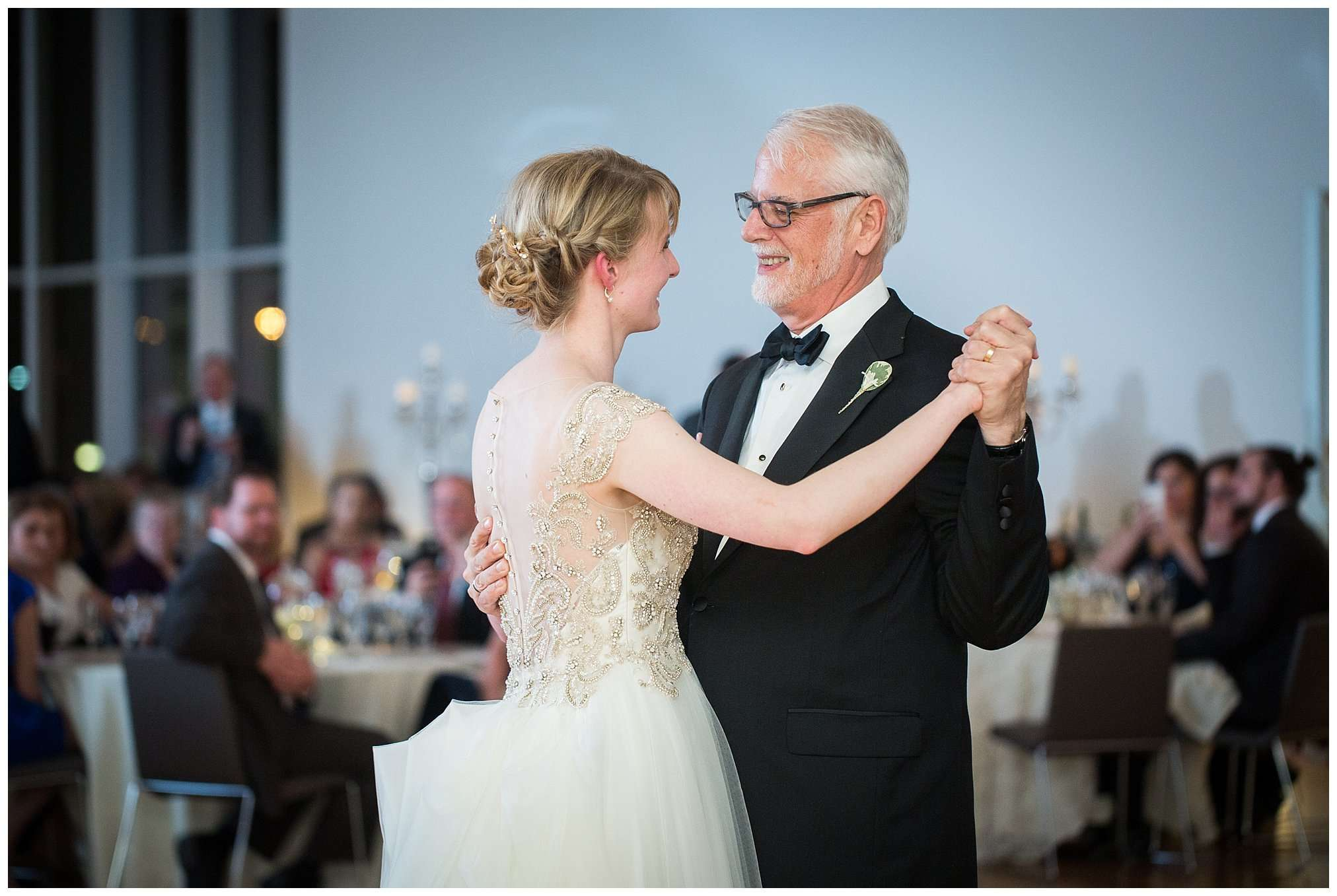 Perfect Winter Wedding at the Columbus Museum of Art 144