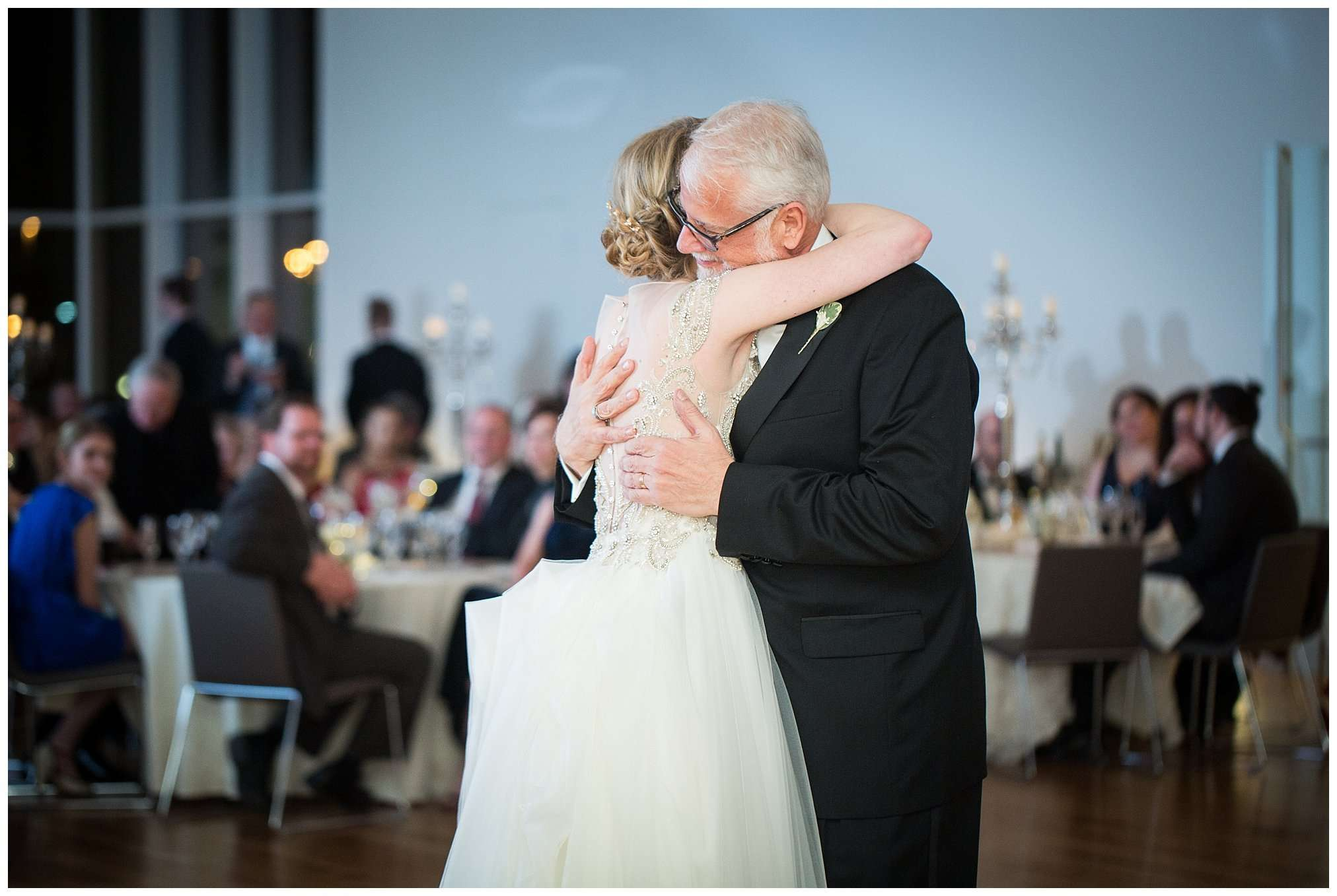 Perfect Winter Wedding at the Columbus Museum of Art 148