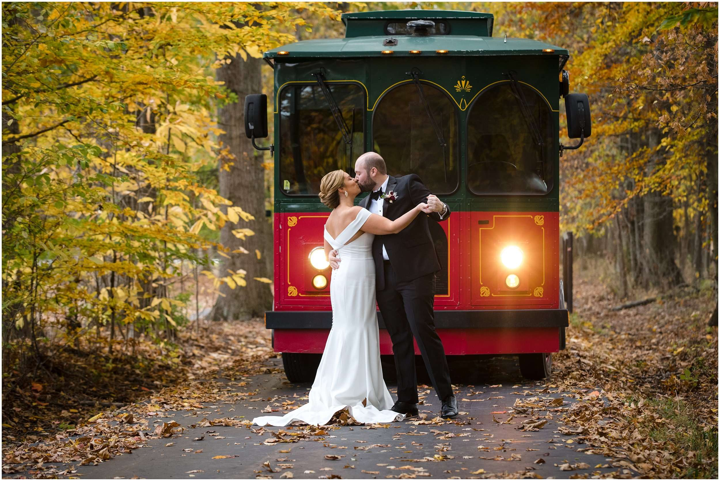 Fall Wedding at the Jefferson Golf and Country Club | Ohio Wedding Photography 94