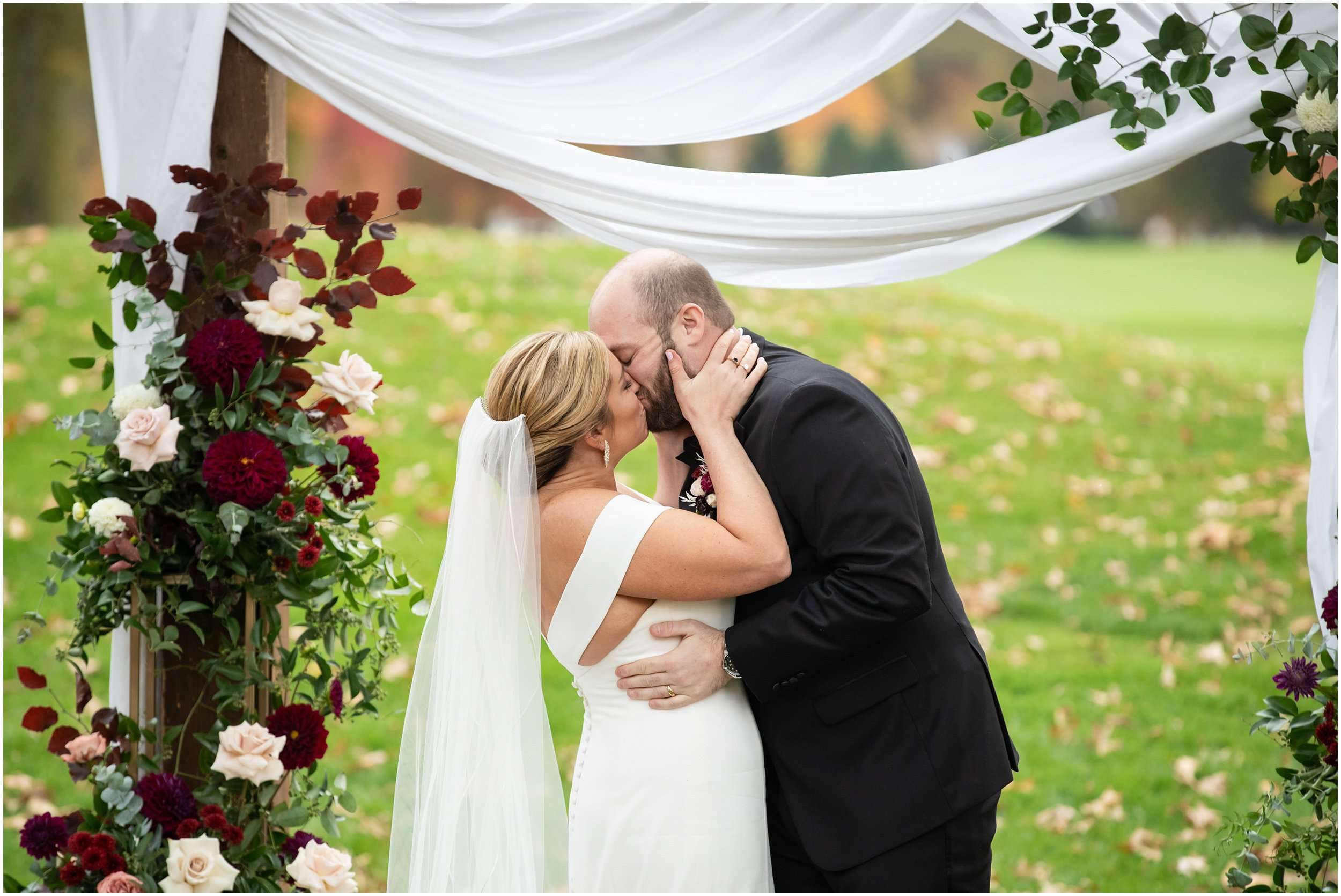 Fall Wedding at the Jefferson Golf and Country Club | Ohio Wedding Photography 170