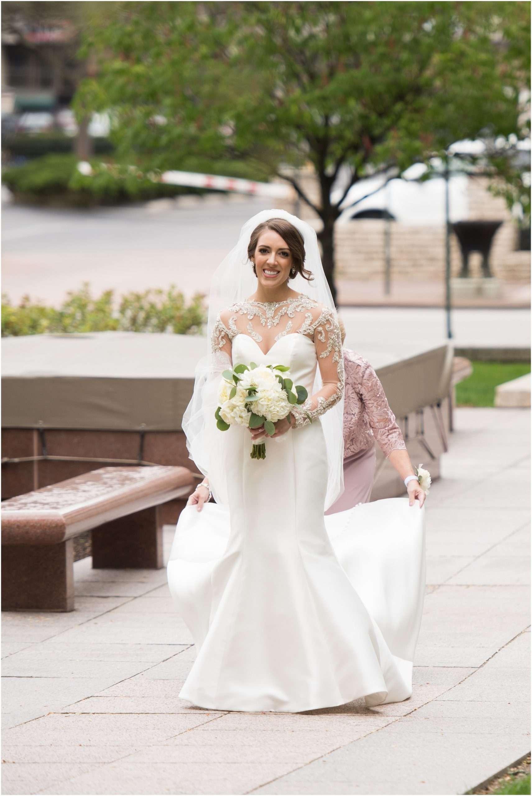 Spring Wedding at the Ohio Statehouse | Columbus Ohio Photography 22