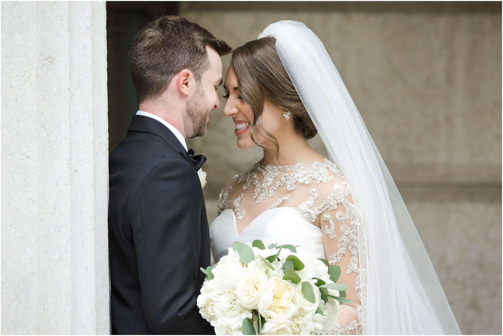 Spring Wedding at the Ohio Statehouse | Columbus Ohio Photography 38