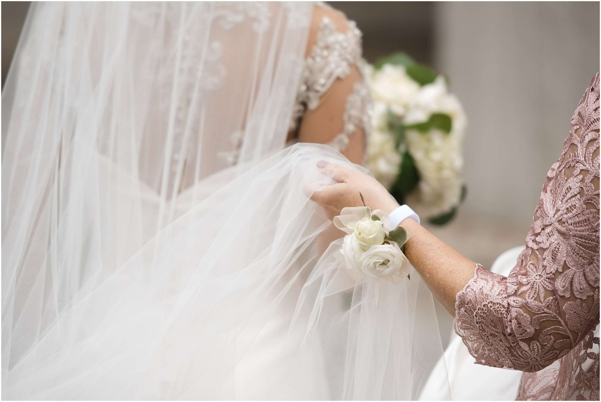 Spring Wedding at the Ohio Statehouse | Columbus Ohio Photography 40