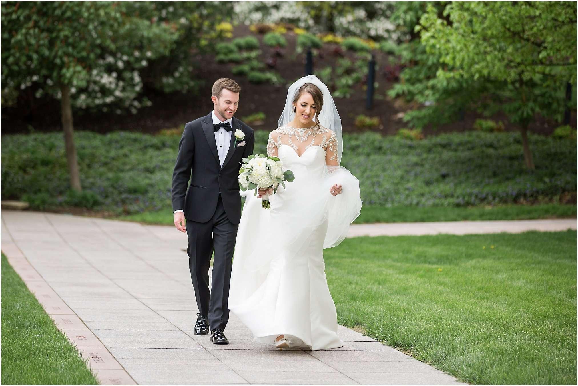 Spring Wedding at the Ohio Statehouse | Columbus Ohio Photography 42