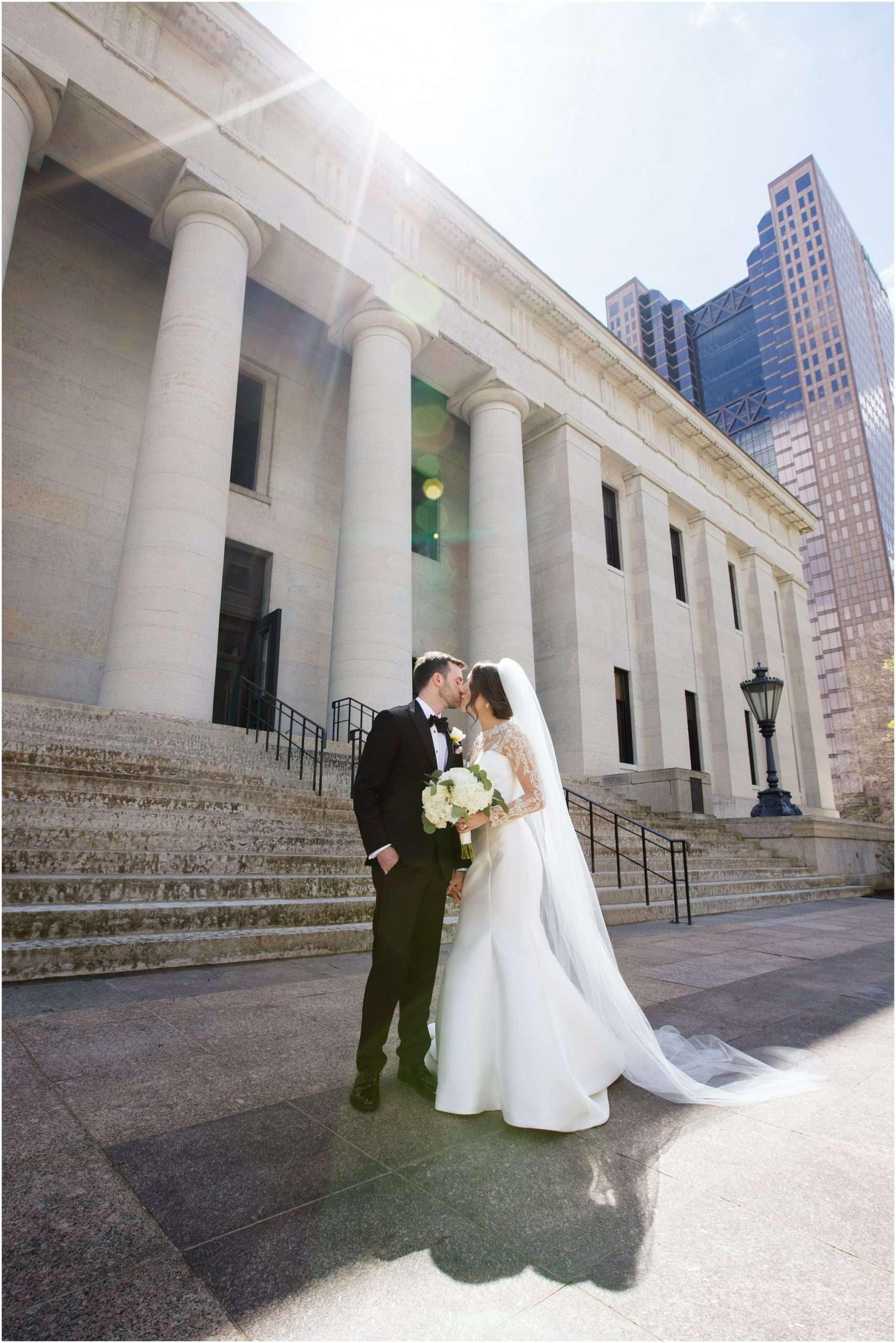 Spring Wedding at the Ohio Statehouse | Columbus Ohio Photography 82