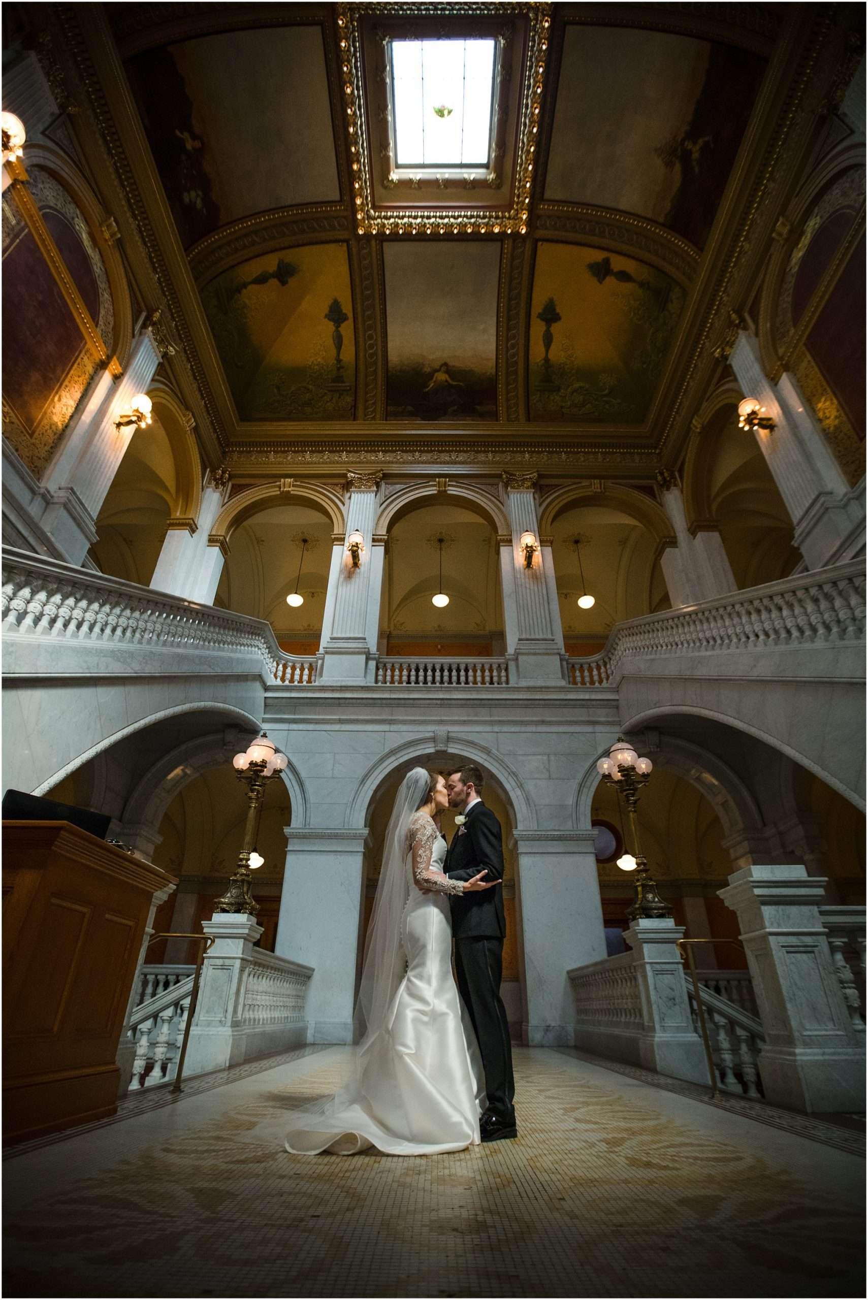 Spring Wedding at the Ohio Statehouse | Columbus Ohio Photography 108