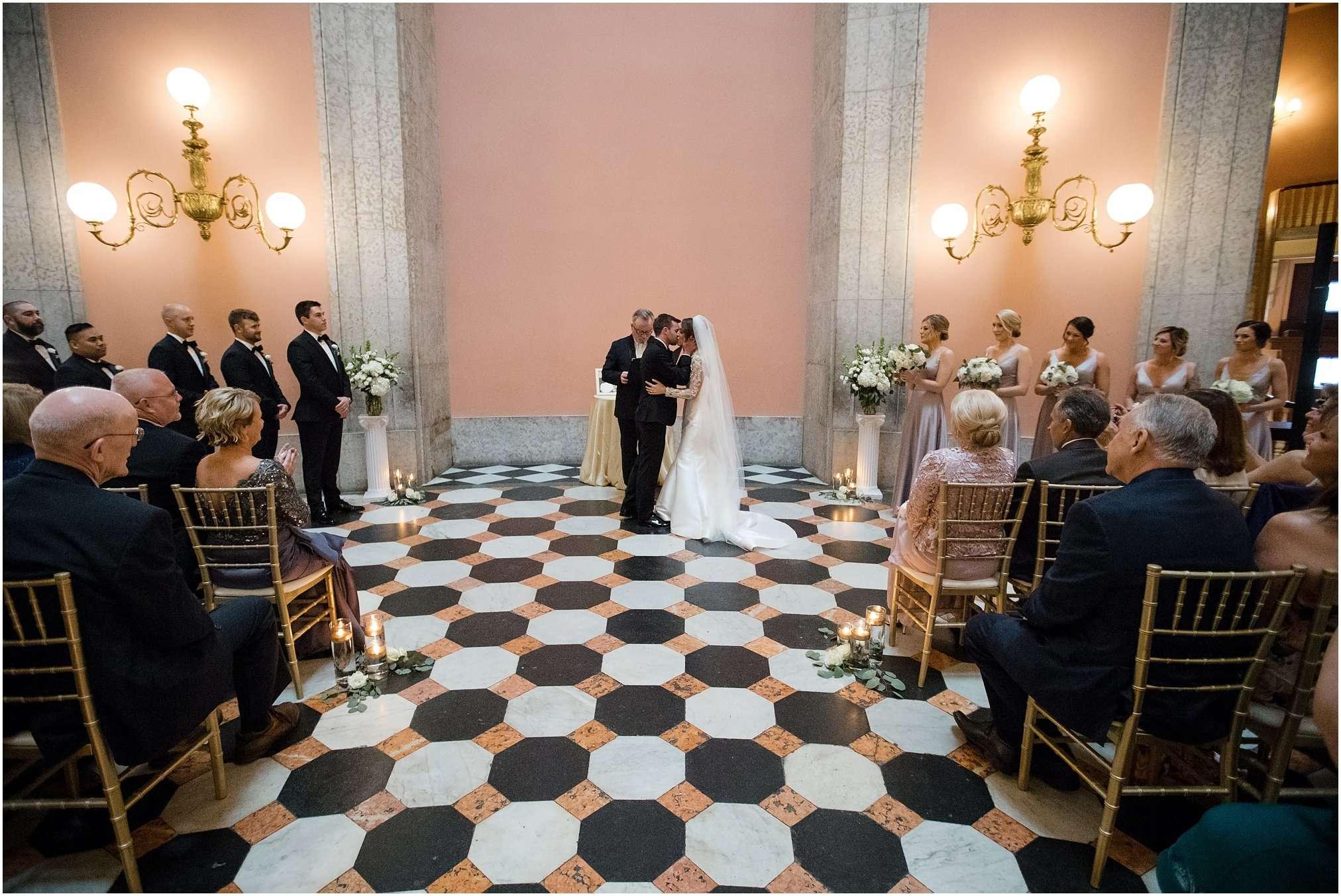 Spring Wedding at the Ohio Statehouse | Columbus Ohio Photography 146