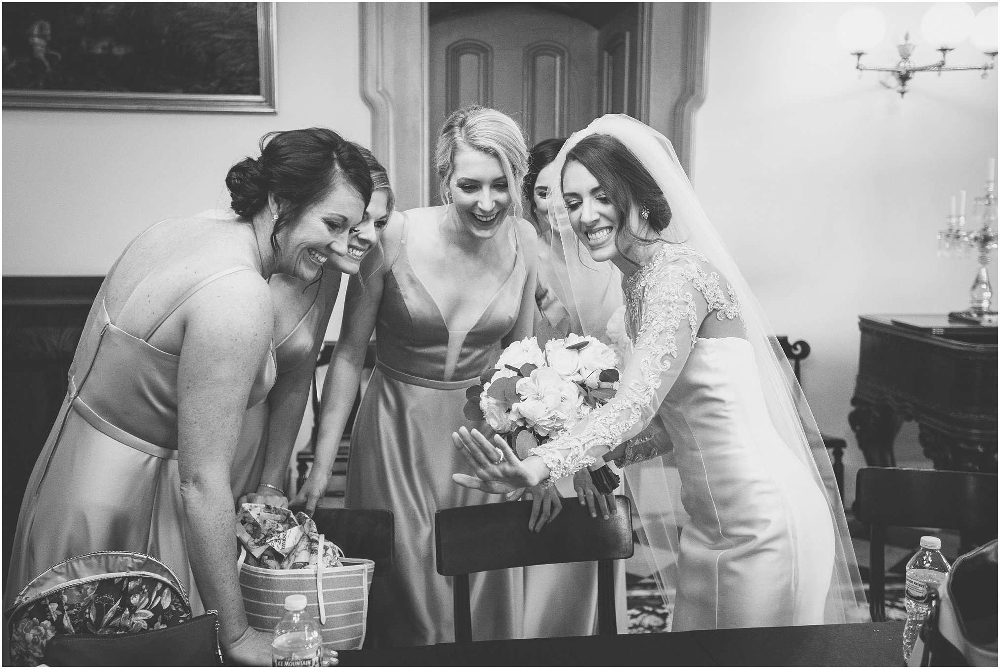 Spring Wedding at the Ohio Statehouse | Columbus Ohio Photography 152