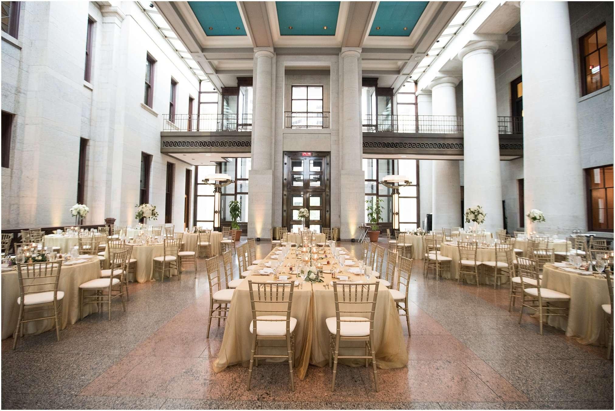 Spring Wedding at the Ohio Statehouse | Columbus Ohio Photography 166