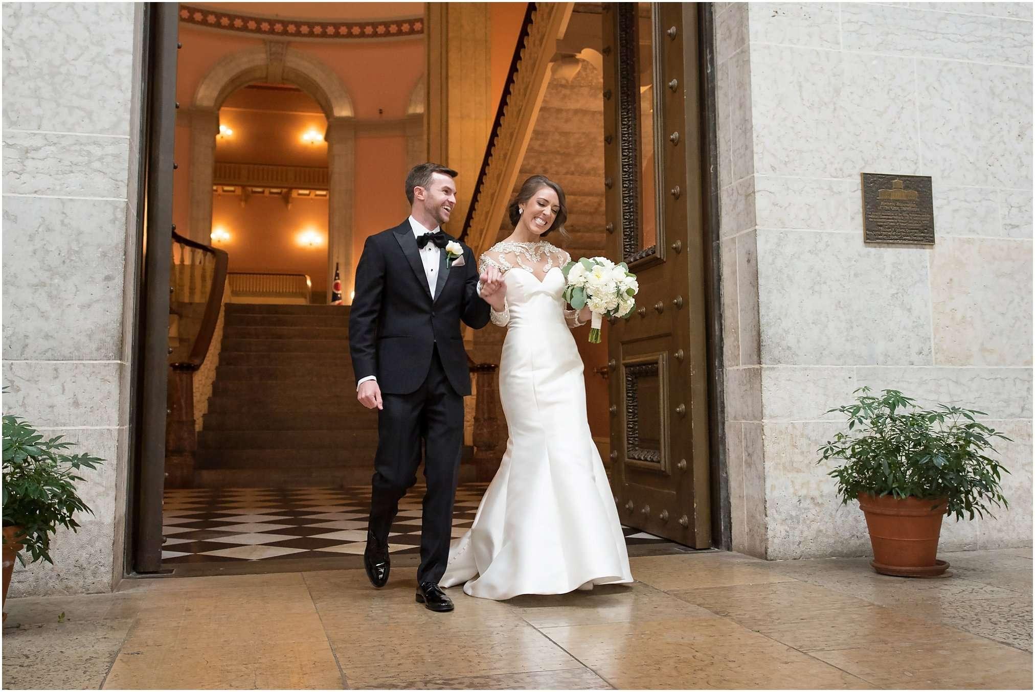 Spring Wedding at the Ohio Statehouse | Columbus Ohio Photography 180