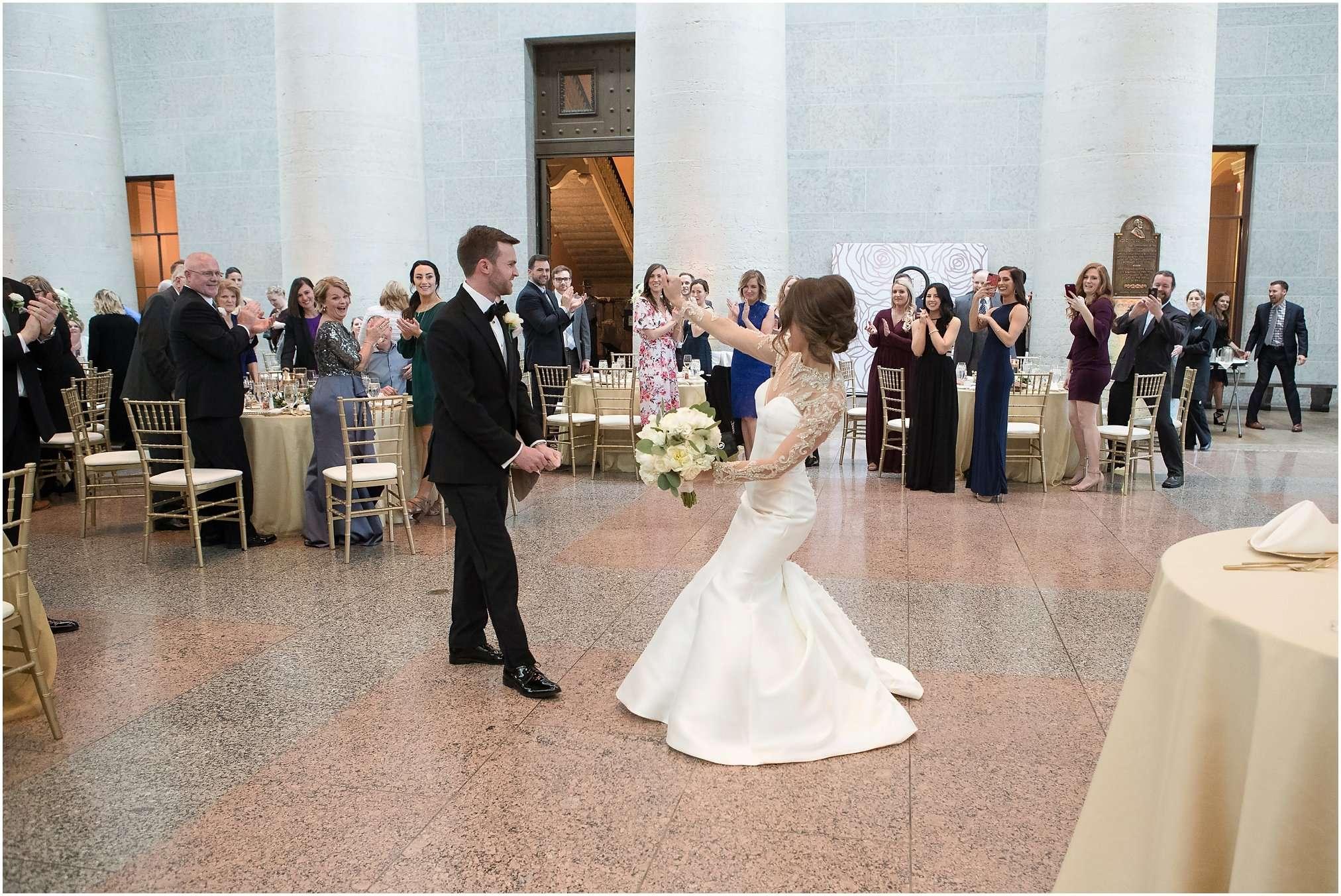 Spring Wedding at the Ohio Statehouse | Columbus Ohio Photography 182