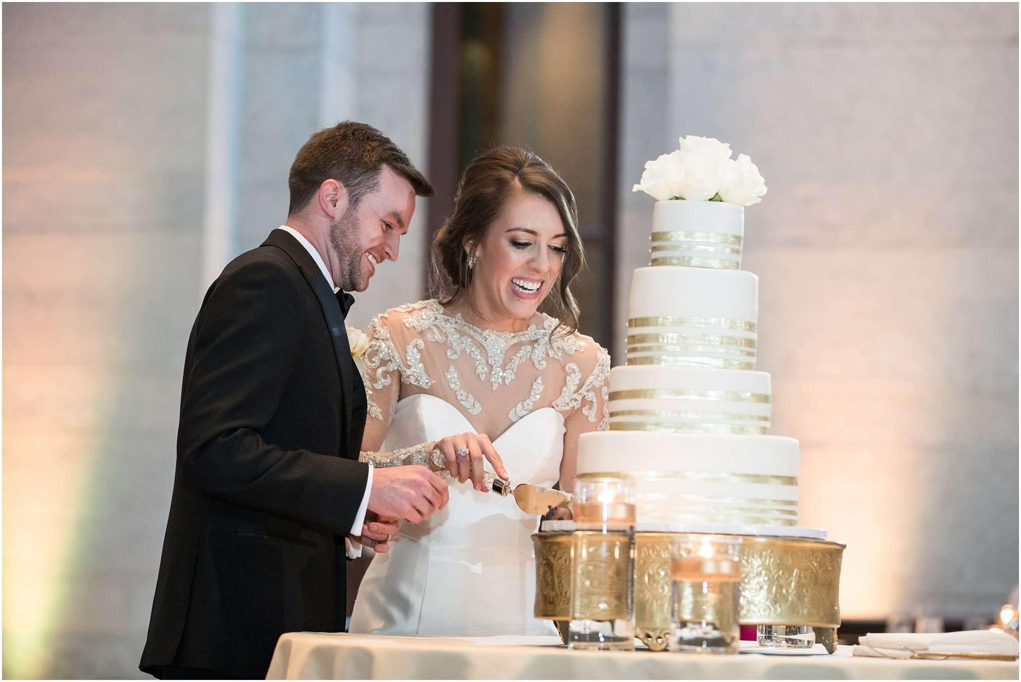 Spring Wedding at the Ohio Statehouse | Columbus Ohio Photography 204