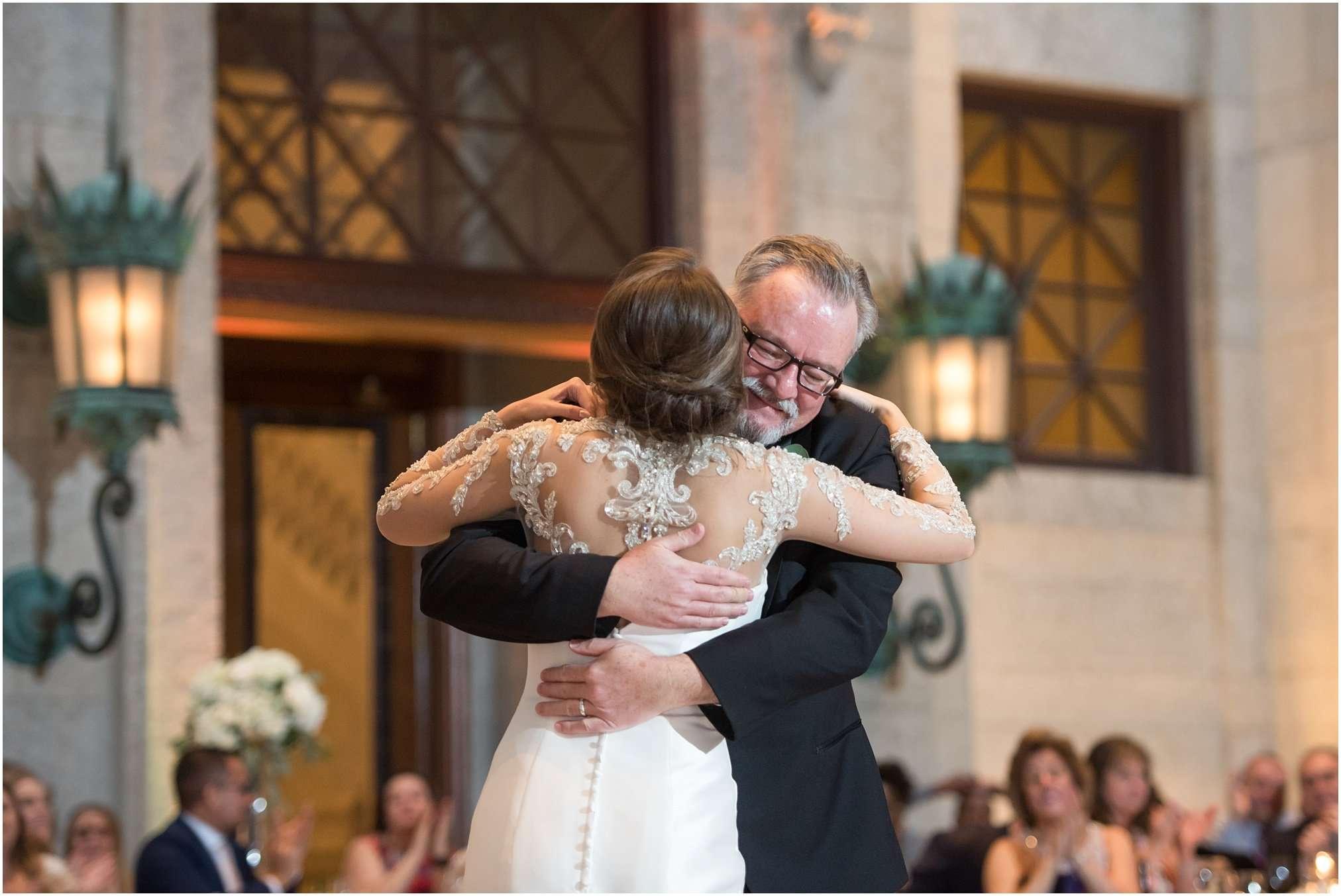Spring Wedding at the Ohio Statehouse | Columbus Ohio Photography 220