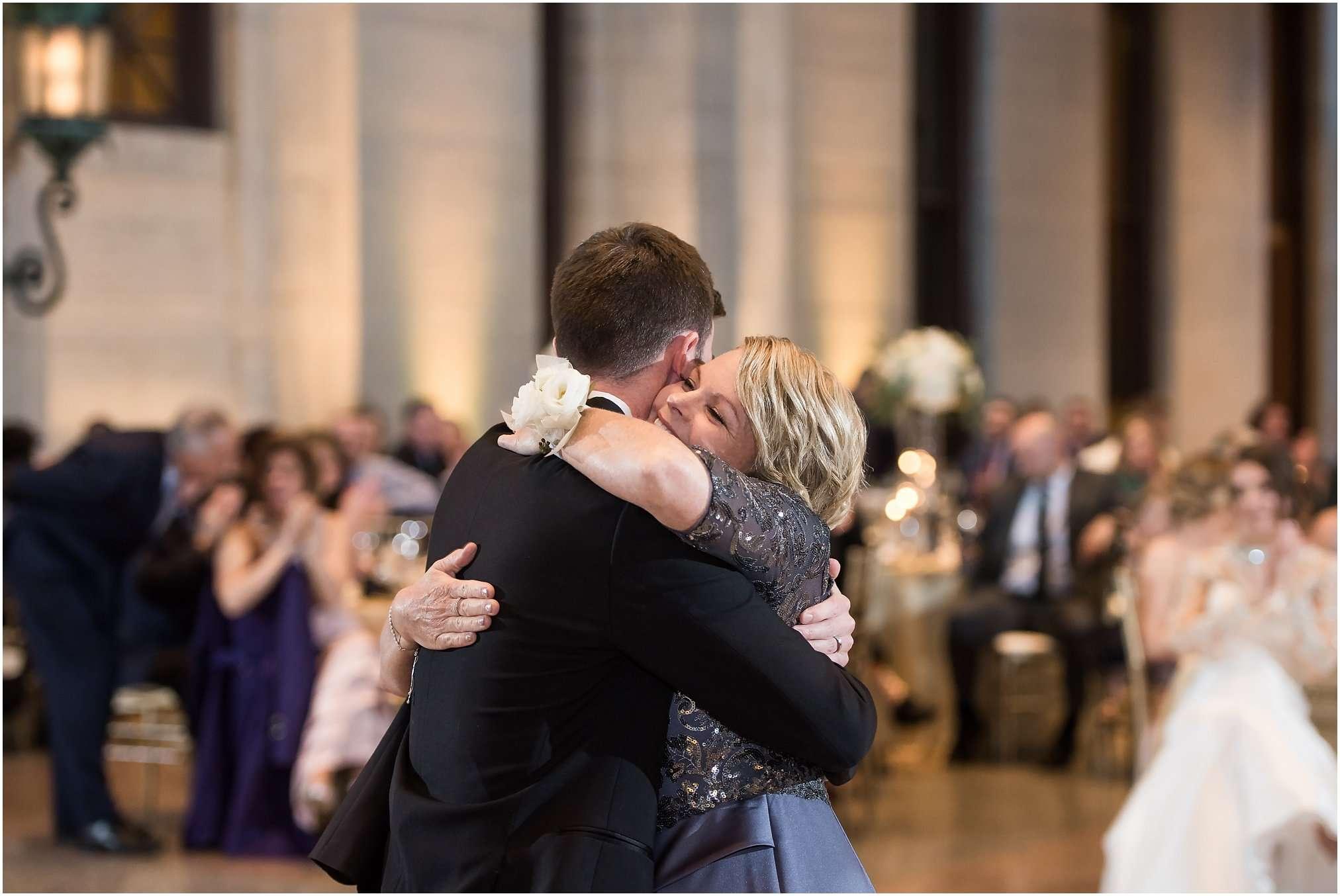 Spring Wedding at the Ohio Statehouse | Columbus Ohio Photography 224