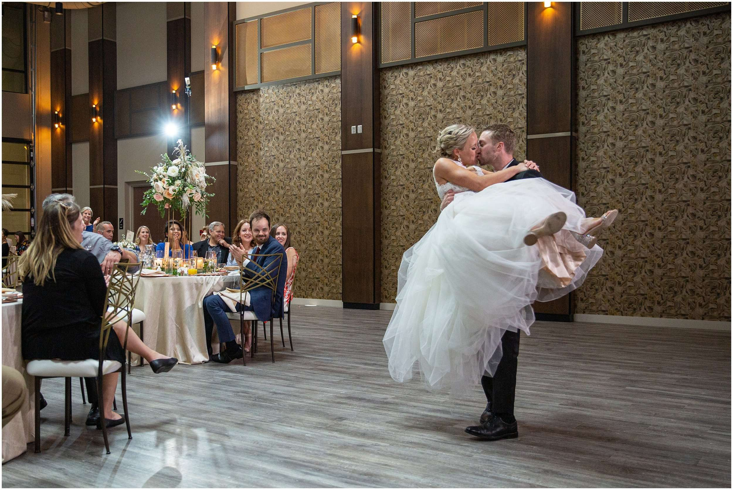 Late Summer Wedding at The Fives Columbus 216