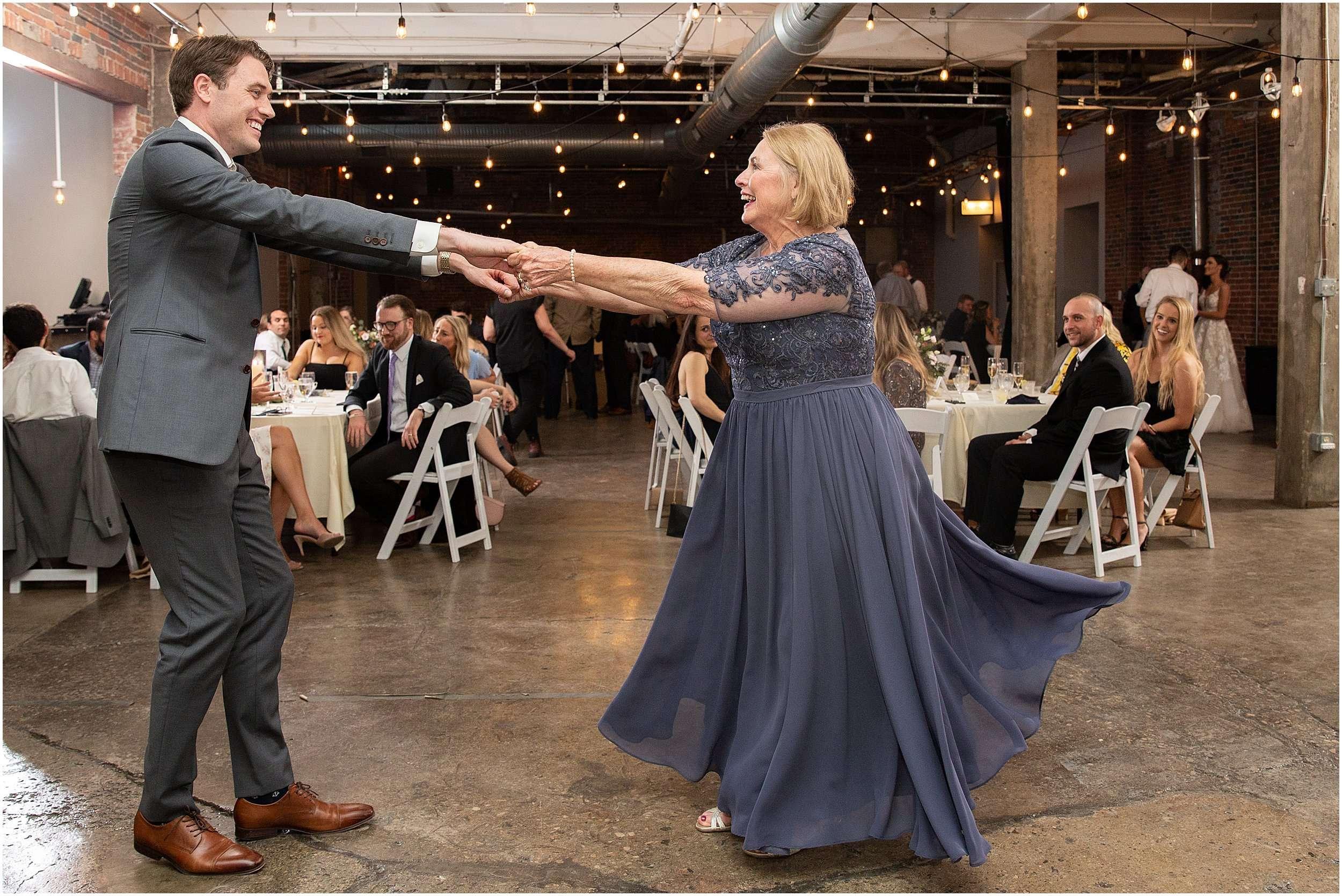 Columbus, Ohio Wedding Photography | Strongwater Events 220